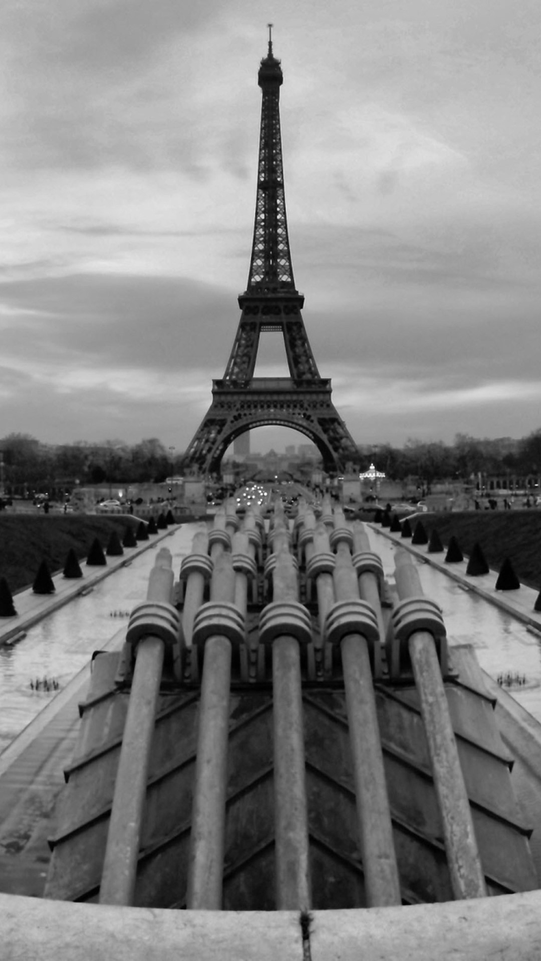 1080x1920 Eiffel Tower Paris Black White Wallpapers for Galaxy S5