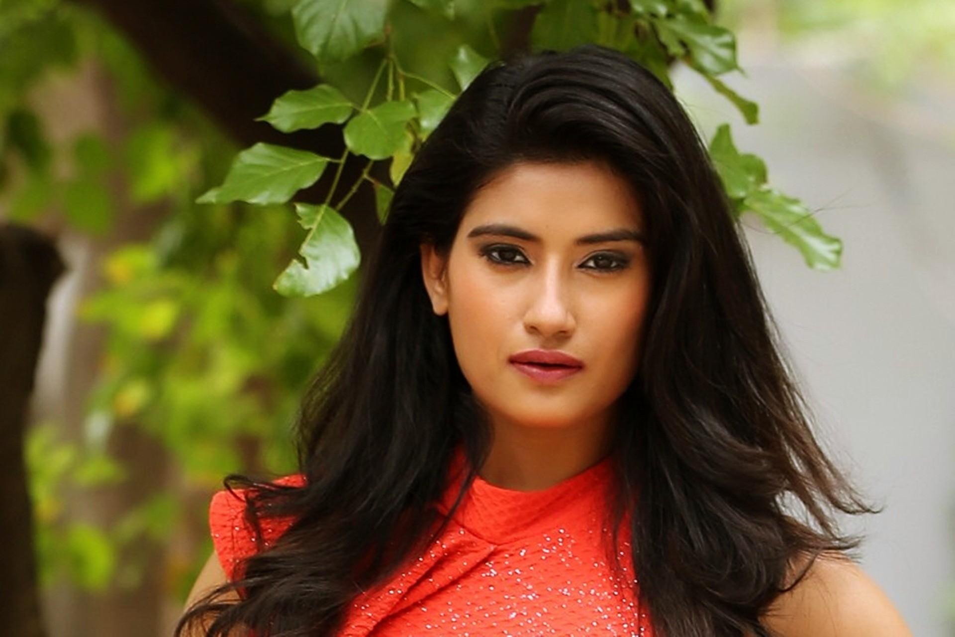 Celebrity desktop wallpaper 66 images - Indian ladies wallpaper ...