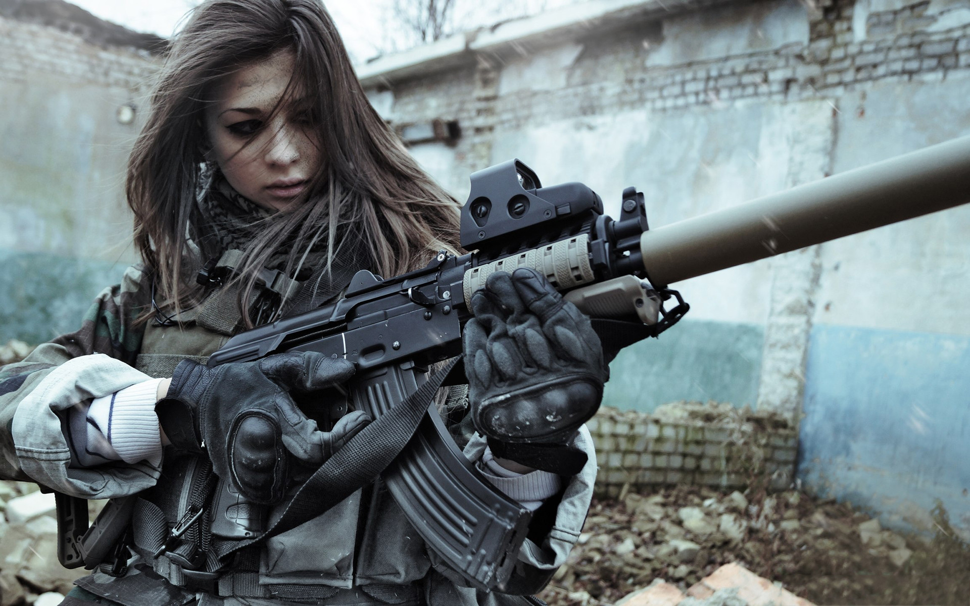1920x1200 women soldiers war guns girls with guns airsoft Magpul eotech AKM silencer  carbine holographic suppressor AK - Wallpaper ( / Wallbase.