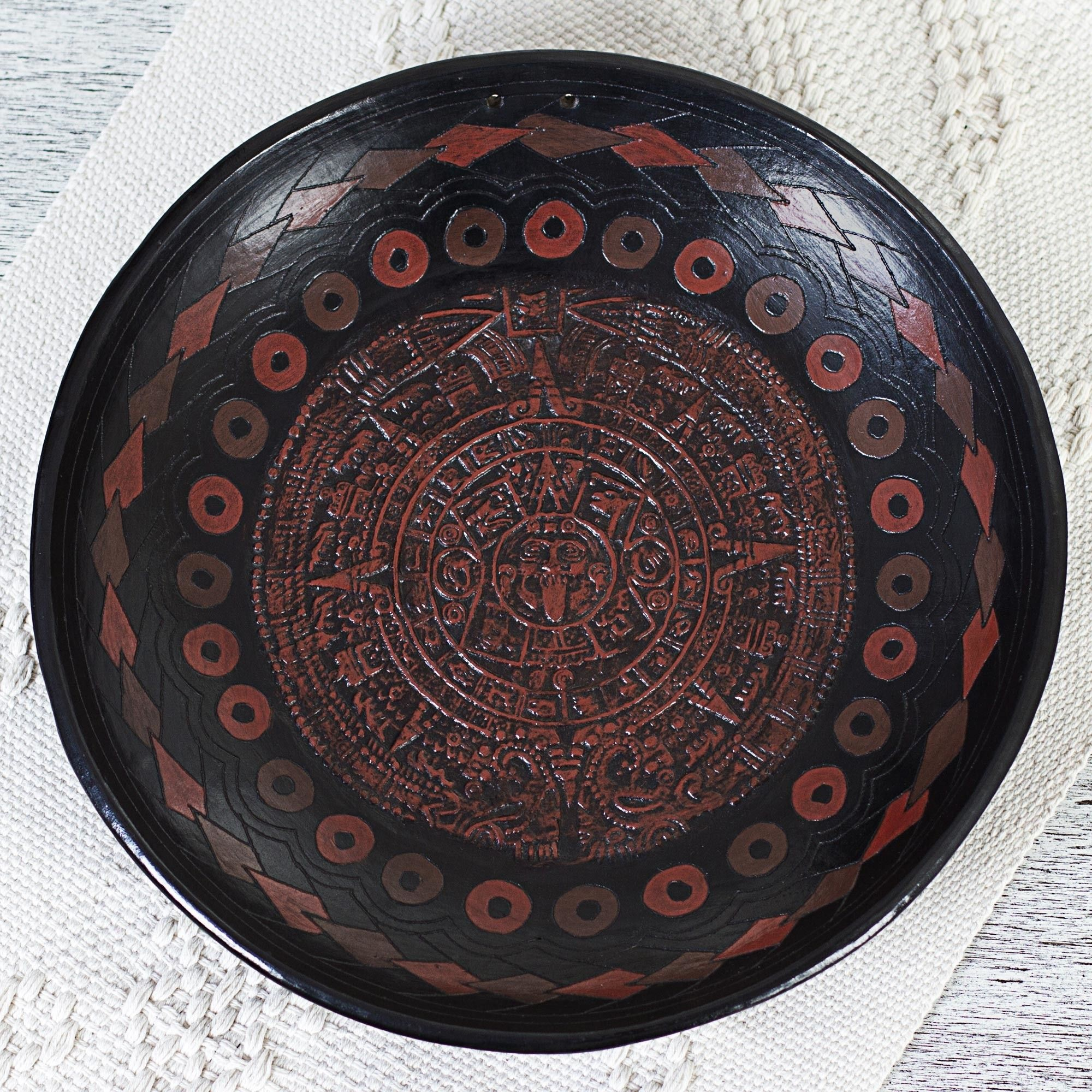 2000x2000 Hand-Crafted Aztec Calendar Ceramic Decorative Plate