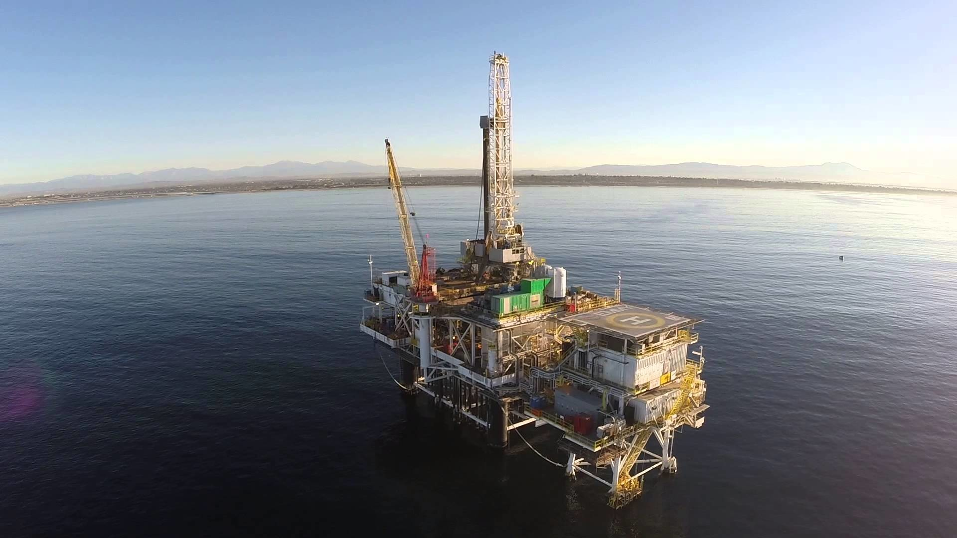 1920x1080 Phantom 2 Flight to Oil Rig Emmy