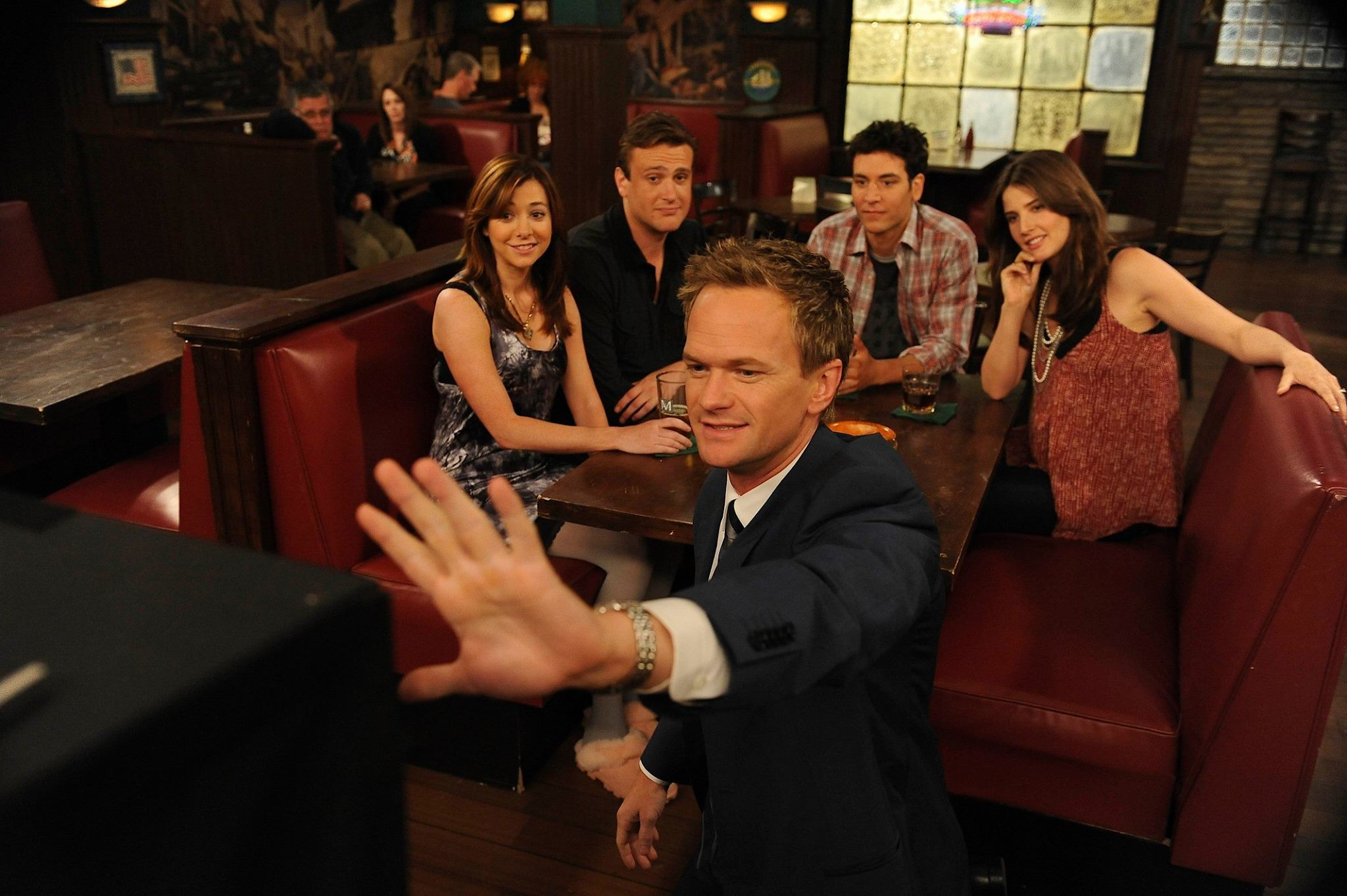 2048x1362 'How I Met Your Mother' update: Dad spinoff 'How I Met Your Father' to  debut soon — what we know so far | International Business Times AU