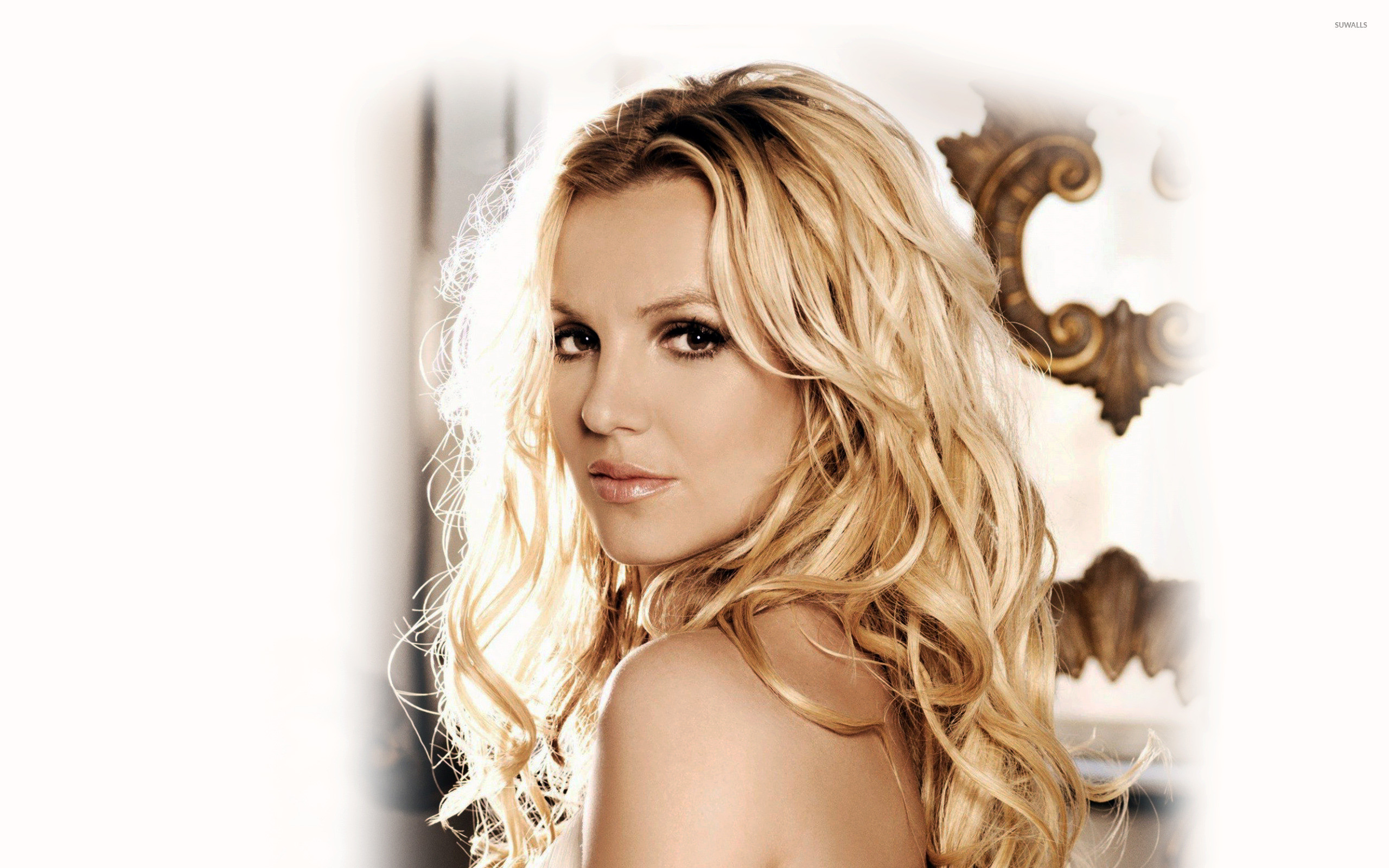 2560x1600 Britney Spears [13] wallpaper
