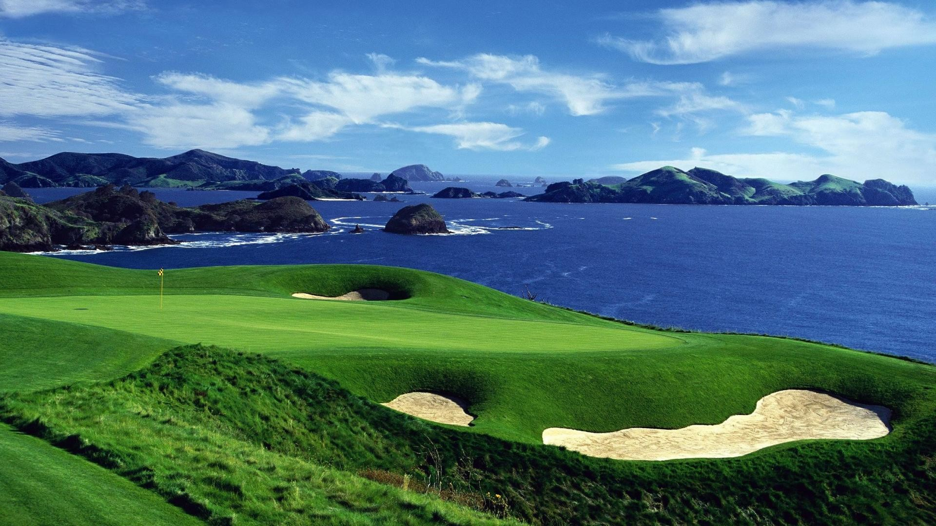 1920x1080 New Zealand in Style: Kauri Cliffs Golf Course is rated in the top 100 Golf  Courses in the world by Golf Magazine.
