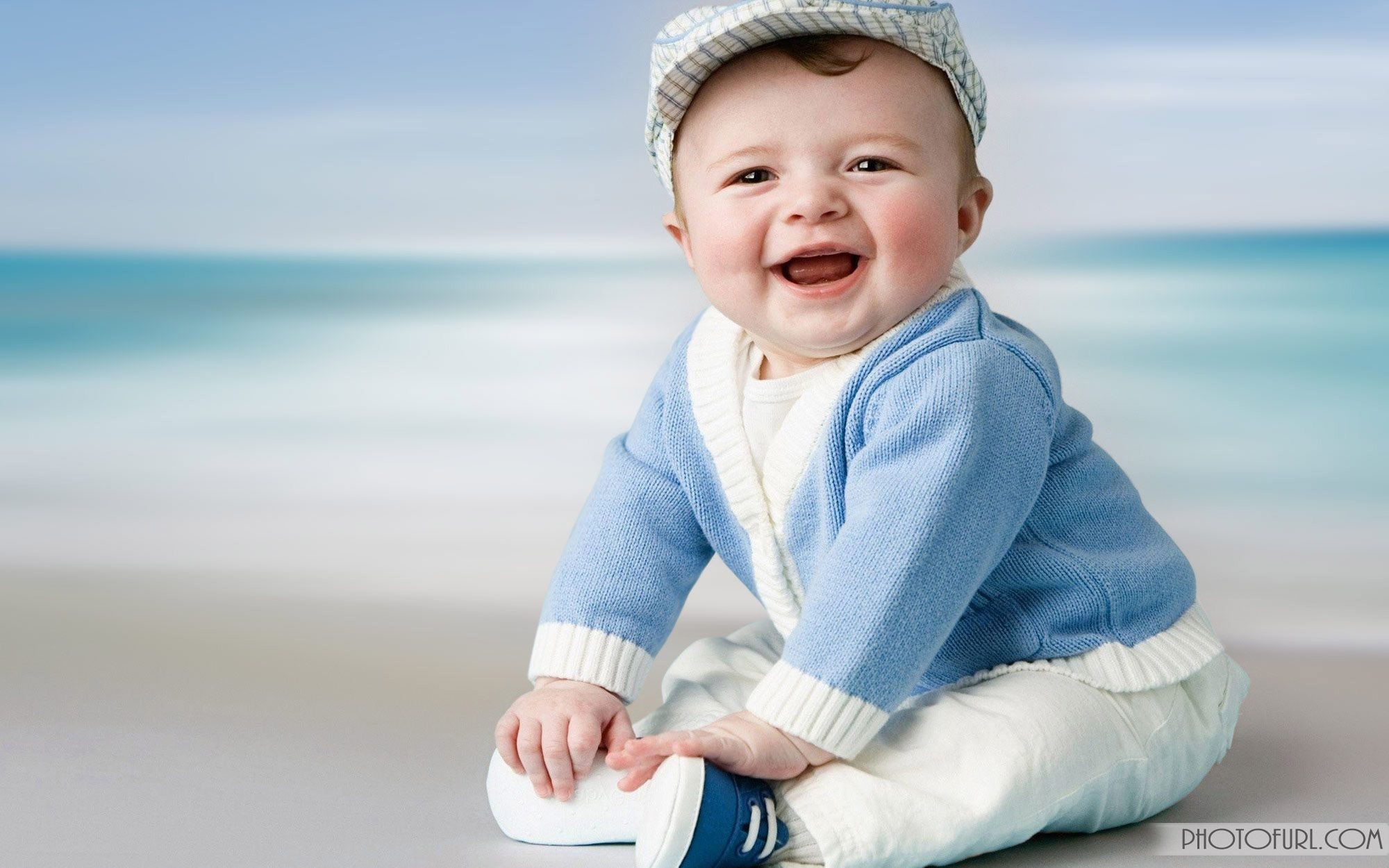 2000x1250 beautiful children wallpaper playing and laughing babies