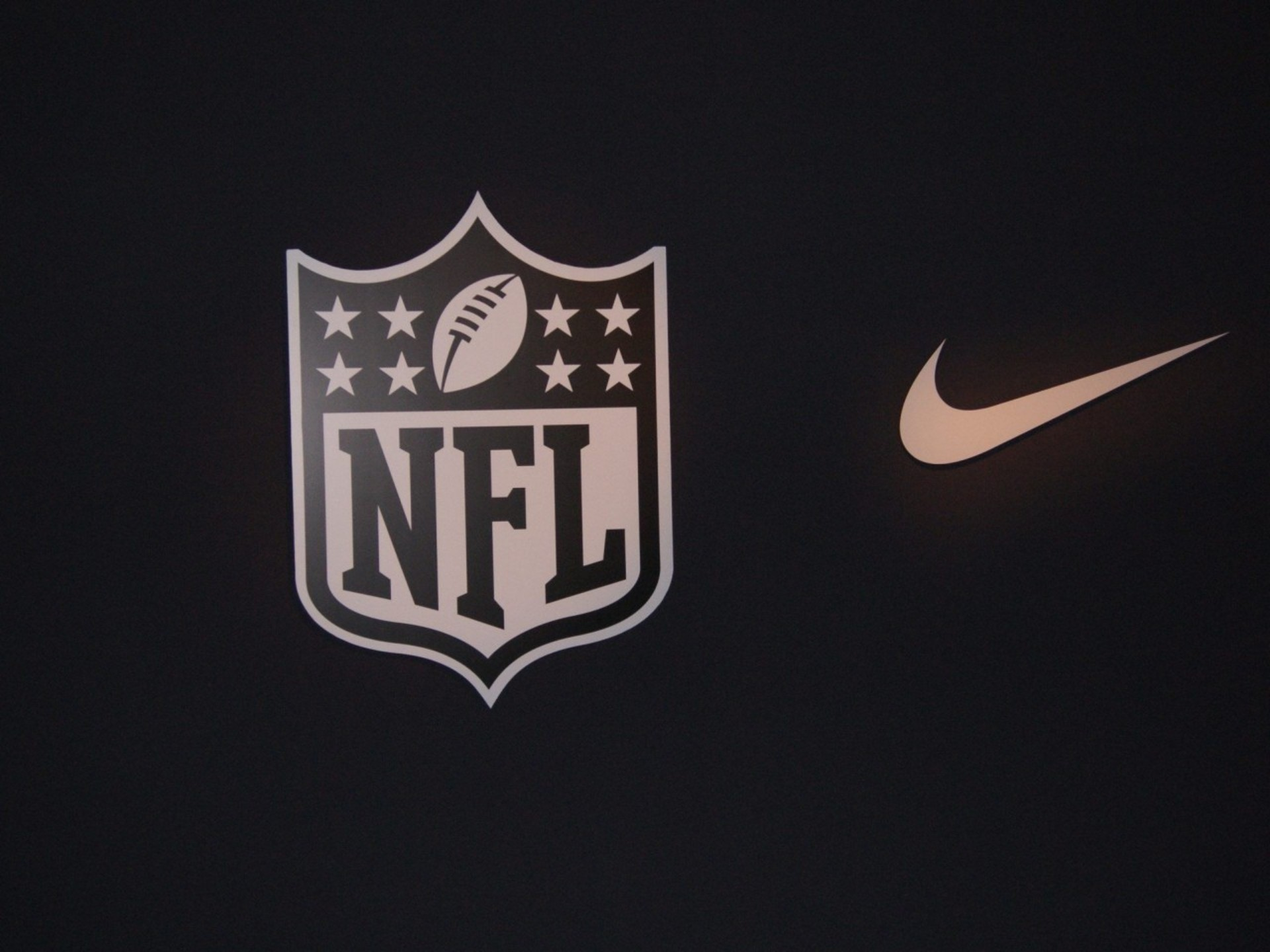 1920x1440 nike nfl football wallpaper categories sports wallpaper
