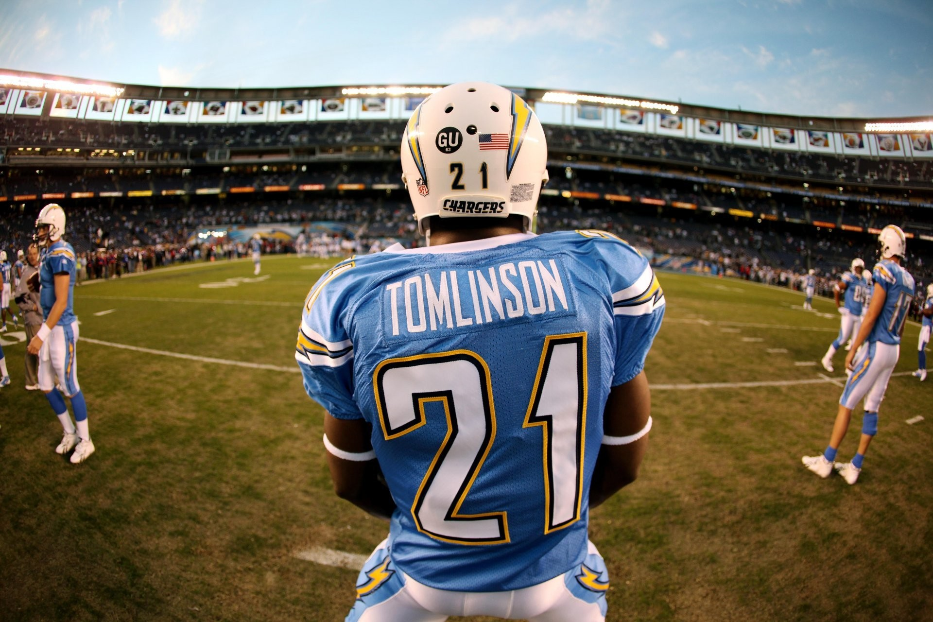 1920x1280 sport american football san diego chargers tomlinson football