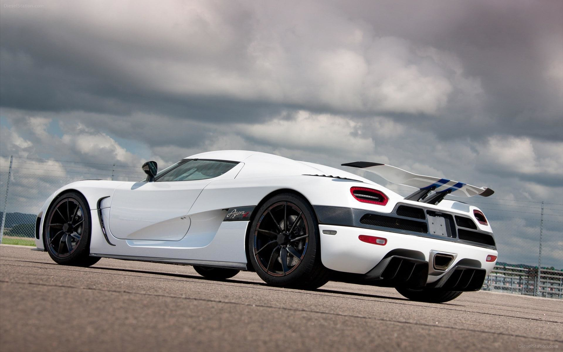 1920x1200 2013 KOENIGSEGG AGERA R WALLPAPERS HD