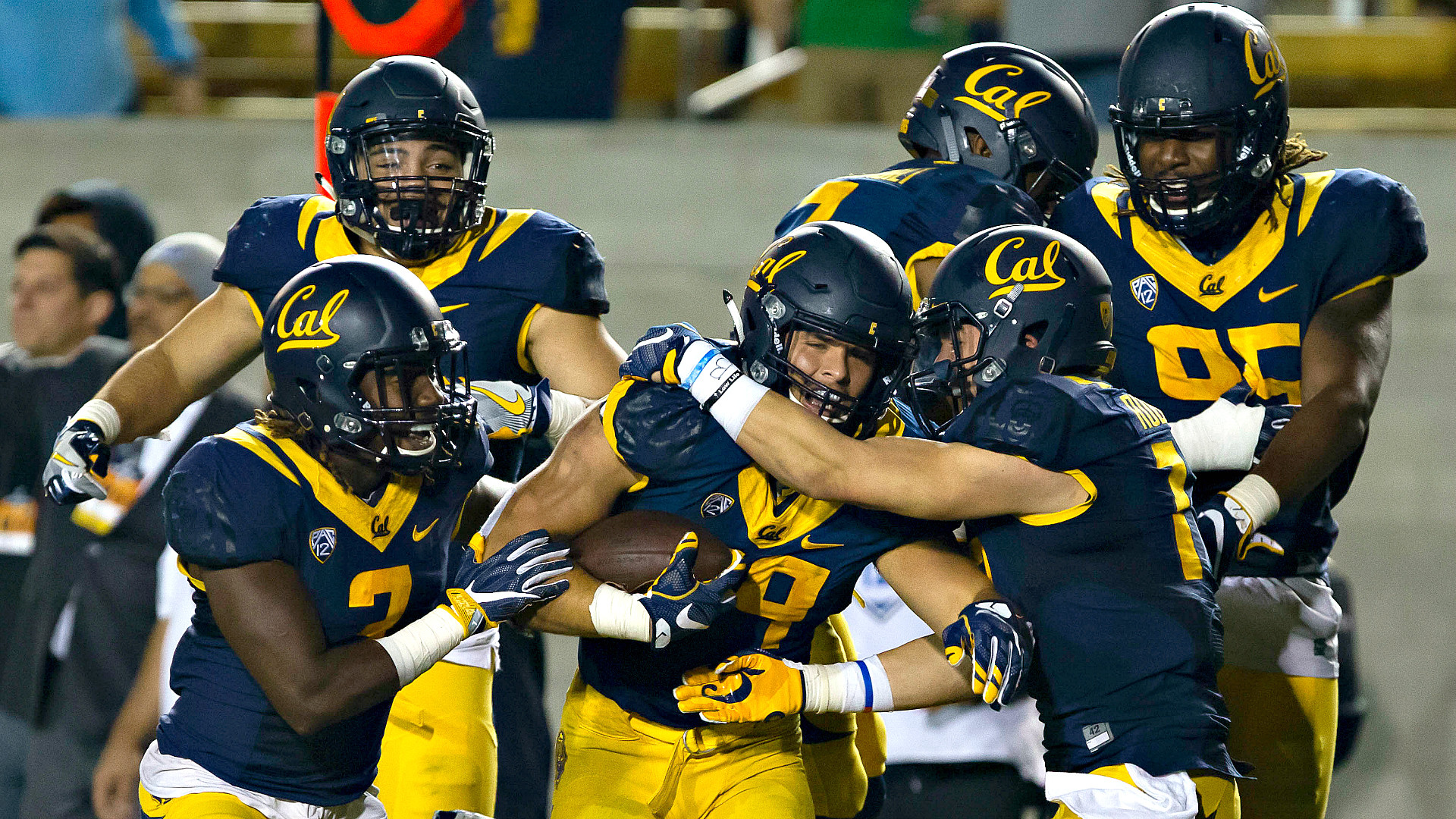 1920x1080 UCLA vs. Cal prediction and game preview. Projecting who wins Saturday  night's matchup between the Bruins and Golden Bears.