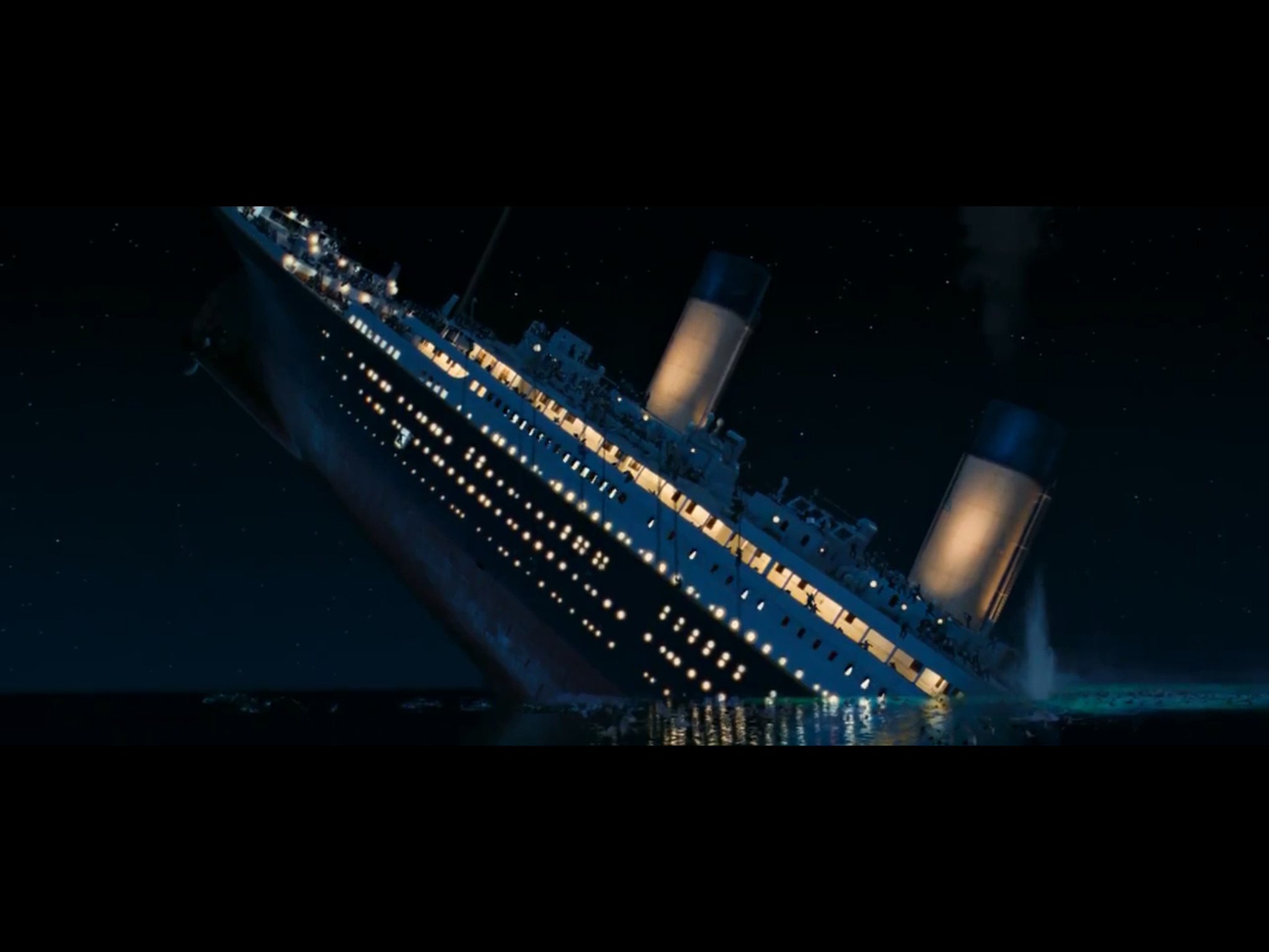 2048x1536 Titanic Movie Sinking | www.galleryhip.com - The Hippest Pics