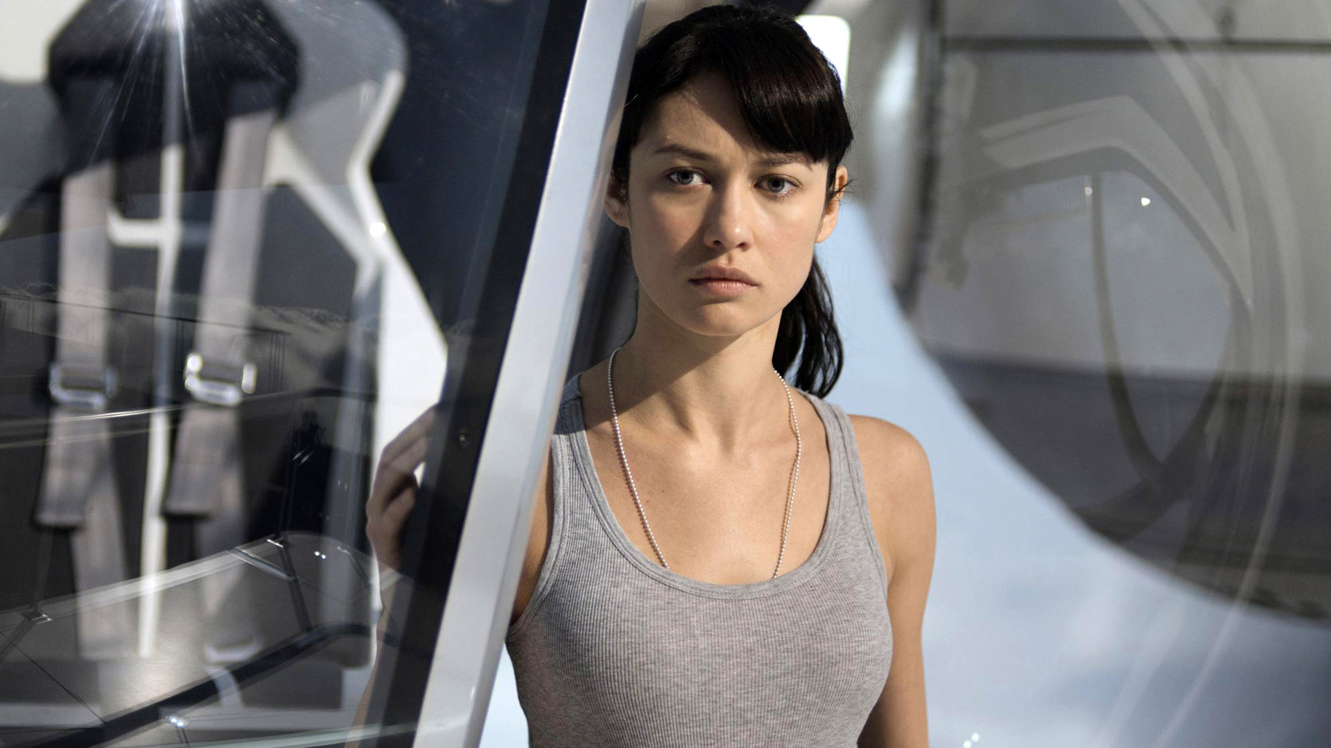 1920x1080 Olga Kurylenko In Oblivion Movie Wallpapers HD