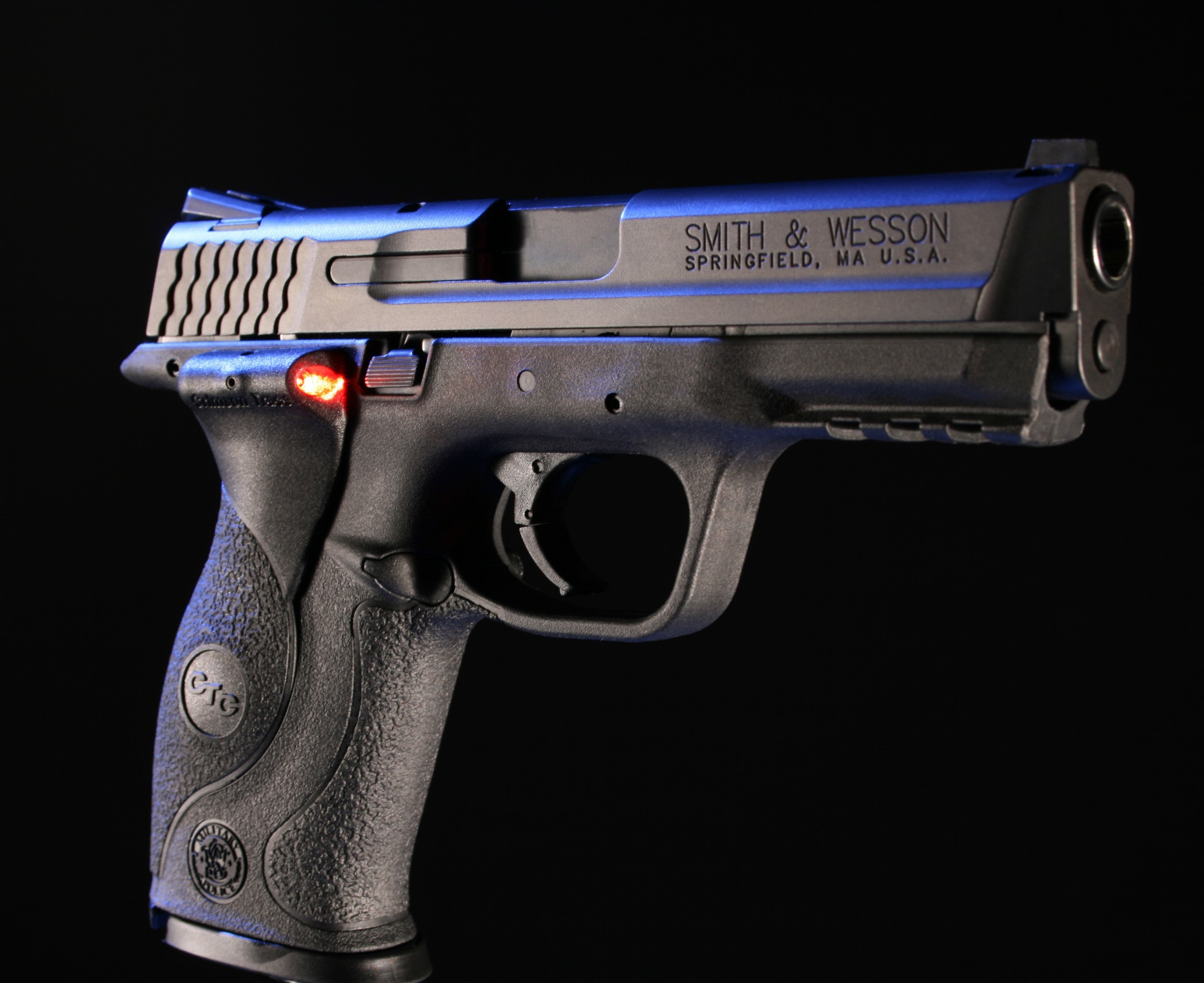 2303x1880 Smith And Wesson M&p 9Mm wallpaper 102597