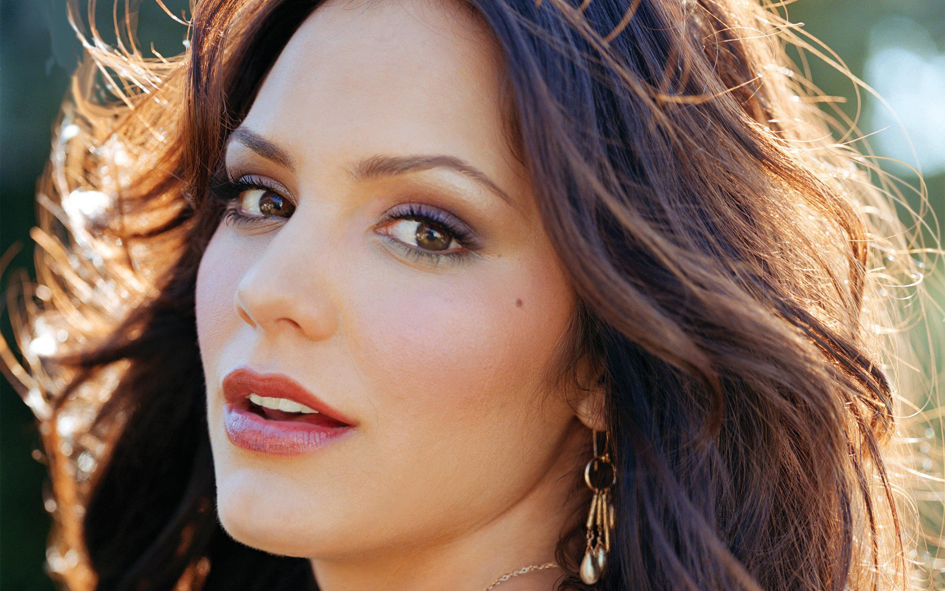 1920x1200 Katharine McPhee Face Wallpaper 50255