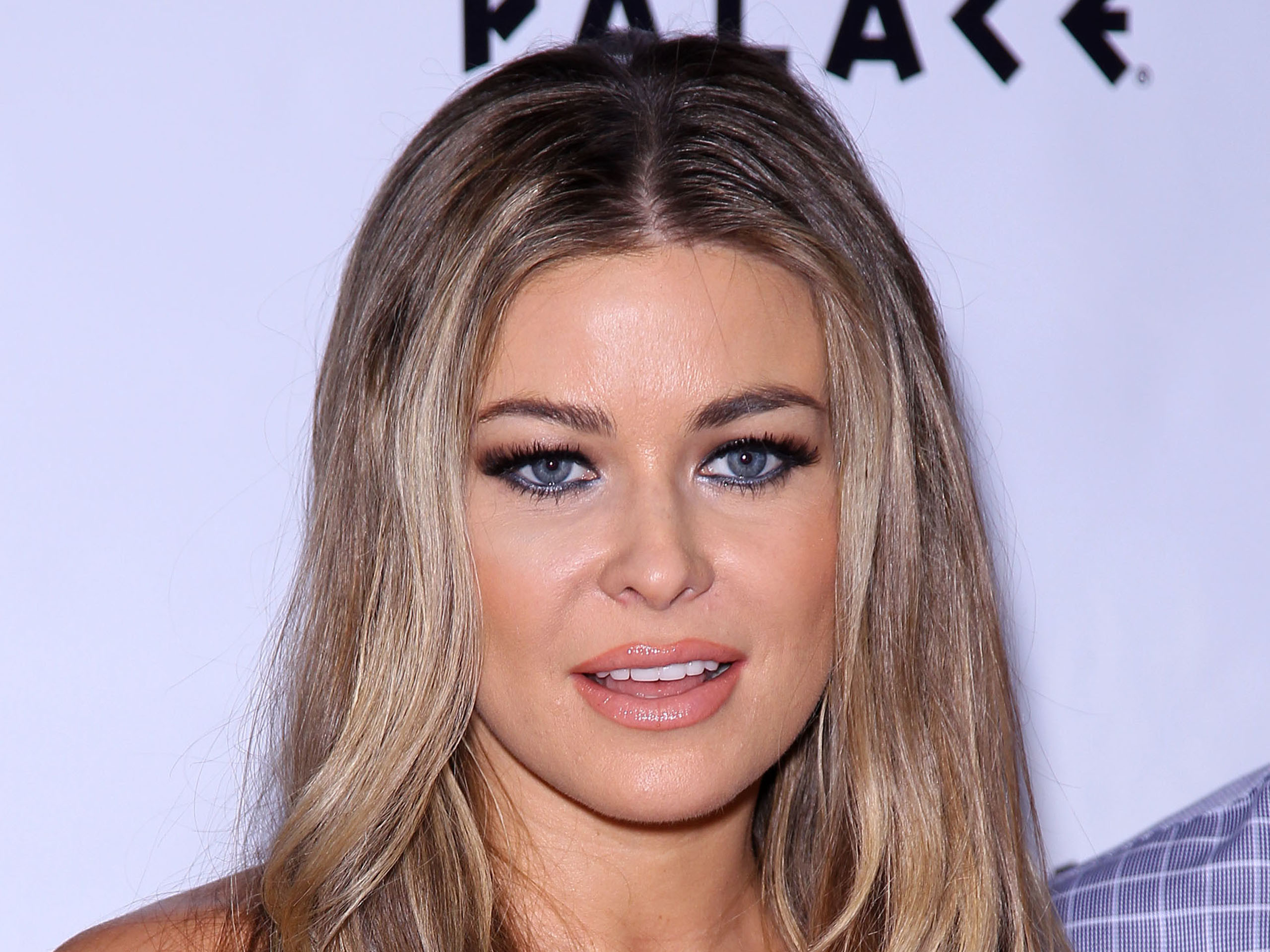 2560x1920 Carmen Electra At 3rd Annual Ebay Motors Event