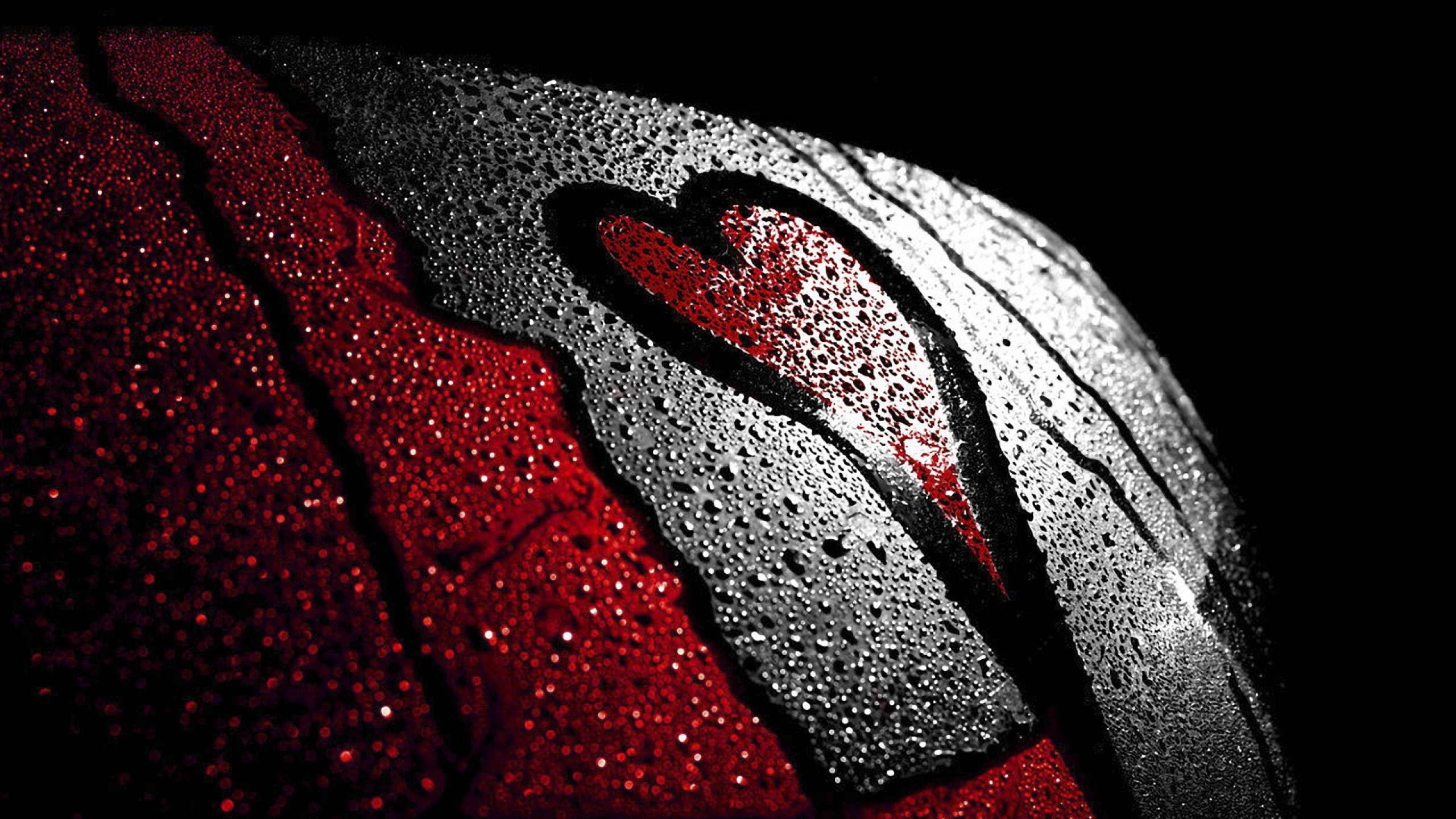 2560x1440  Wallpaper heart, love, red, black