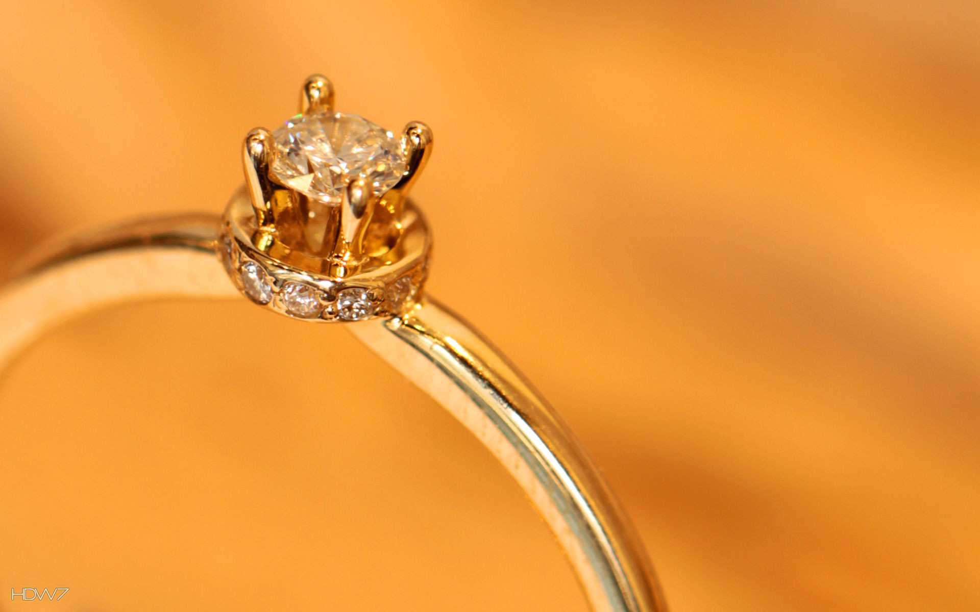 1920x1200 gold diamond ring