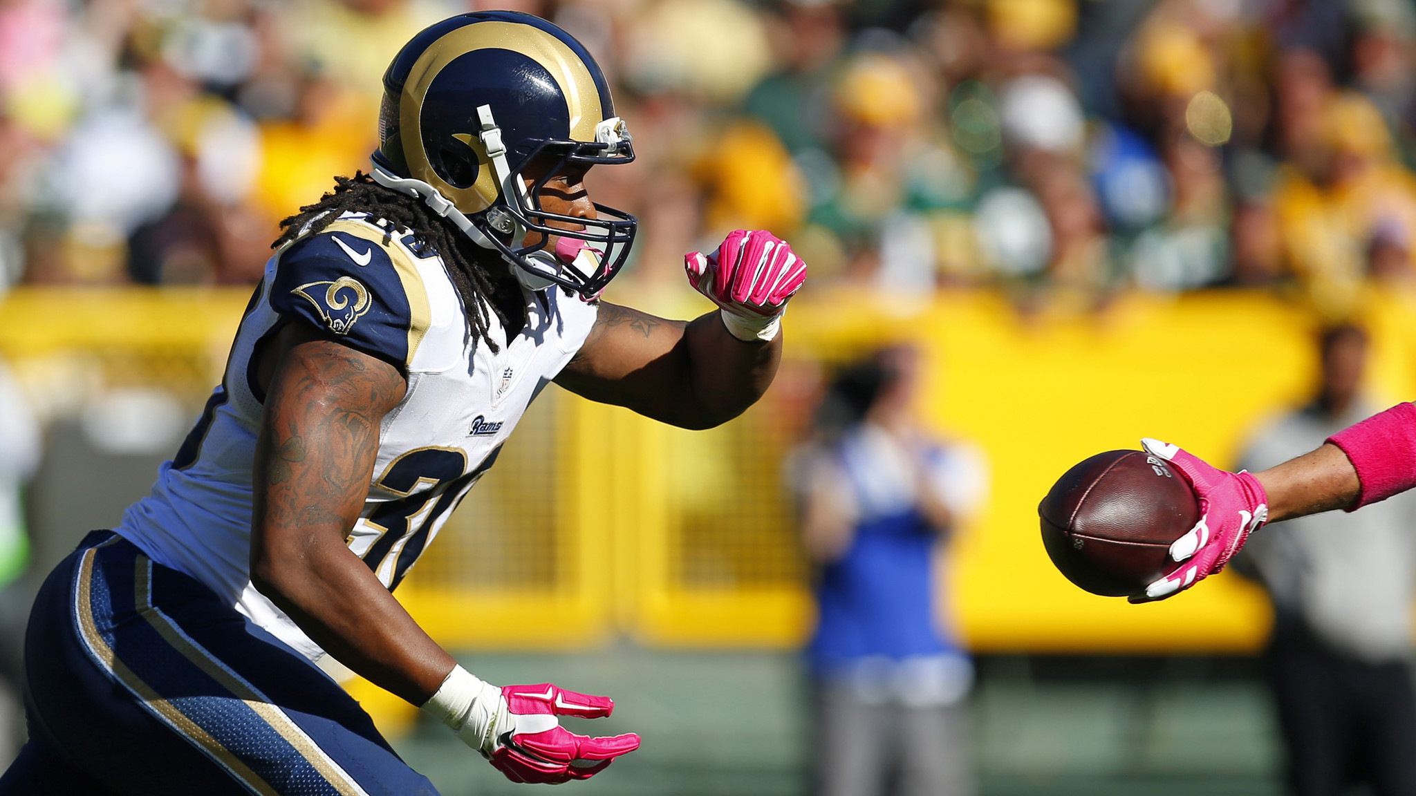 2048x1152 Rookie Todd Gurley shows St. Louis Rams he was worthy of No. 10 pick - LA  Times