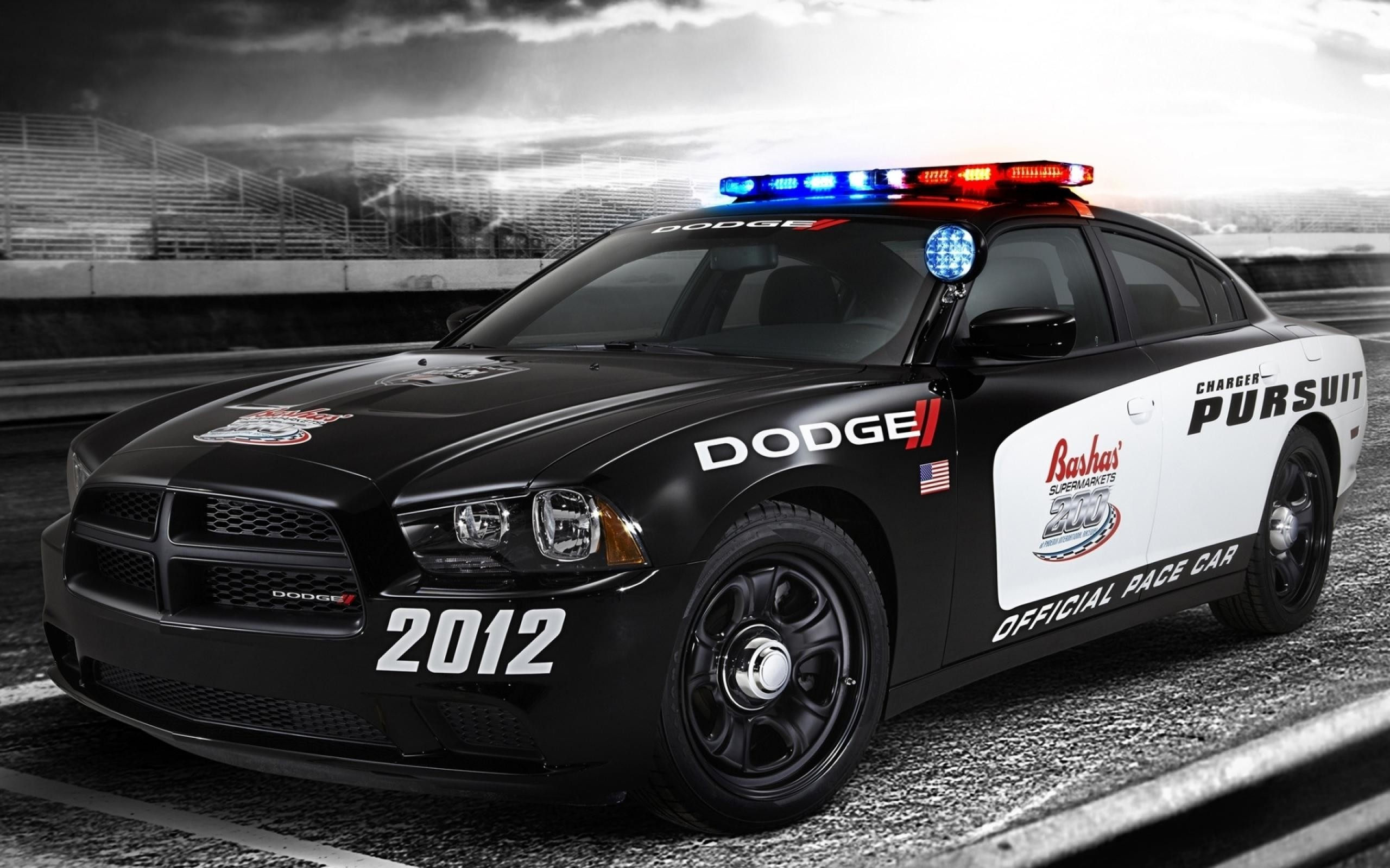 2560x1600 Police Car Wallpaper High Resolution