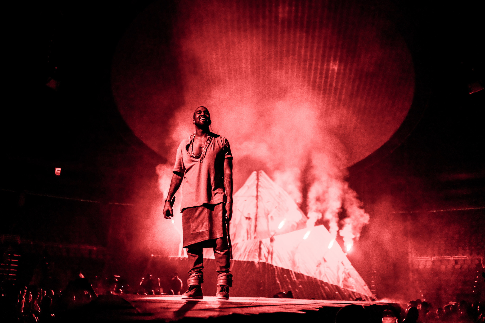 2048x1365 HD YEEZUS Tour Wallpapers (Desktop & Phone) [UPDATED!!]
