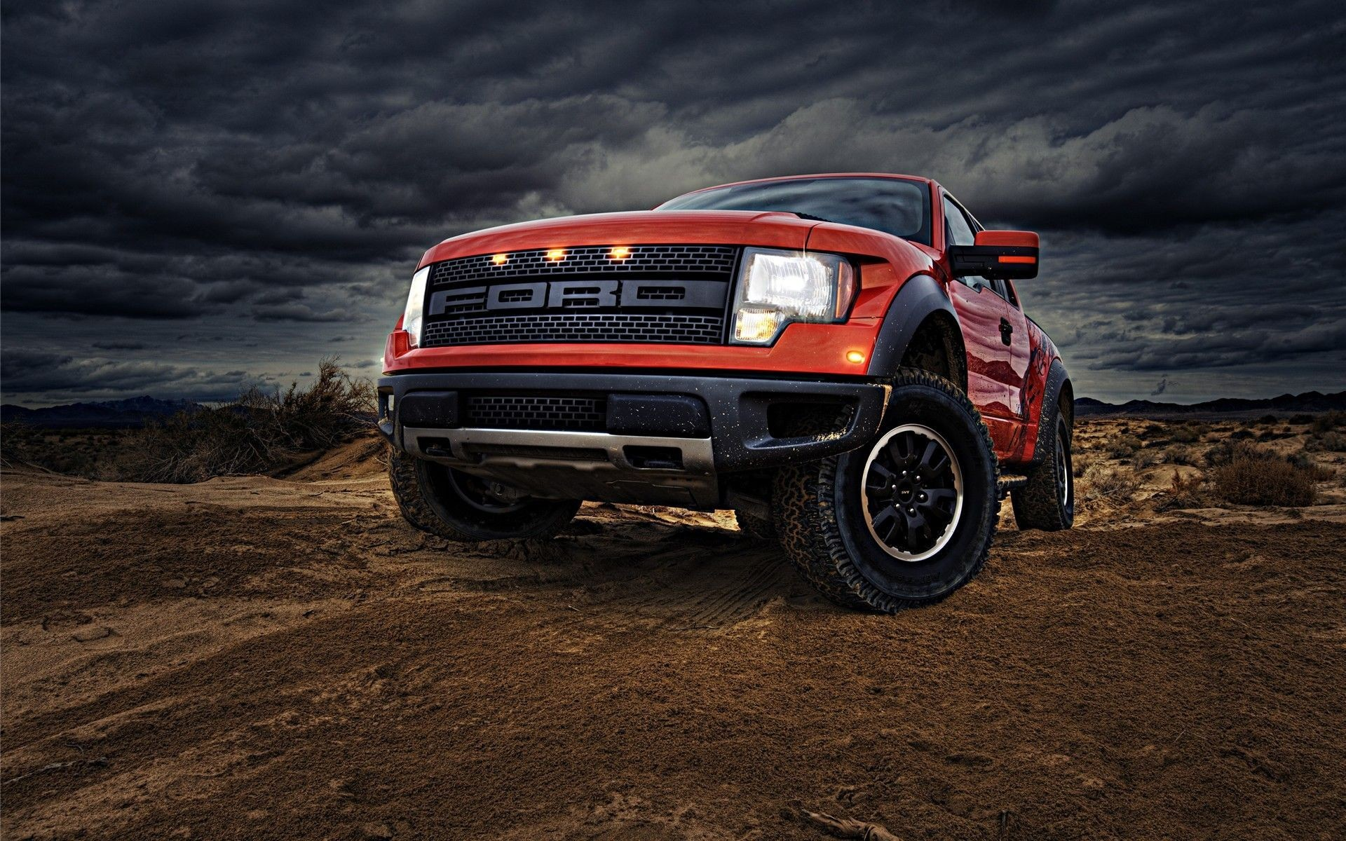 1920x1200 Lifted Trucks Wallpaper