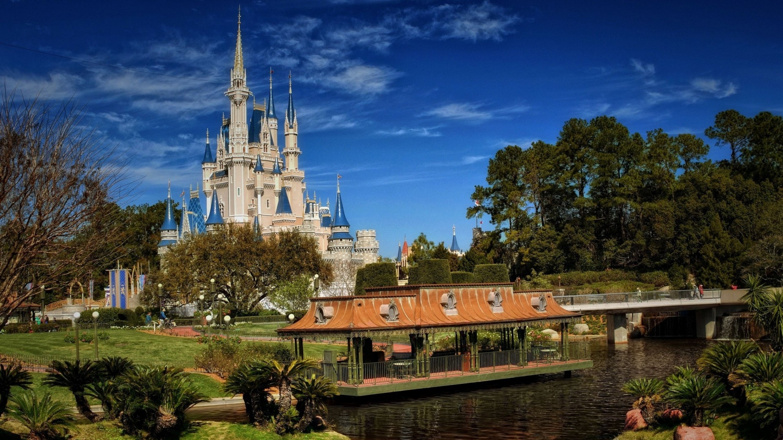 2560x1440 Preview wallpaper walt disney world, coast, building, fabulous, bridge,  nature