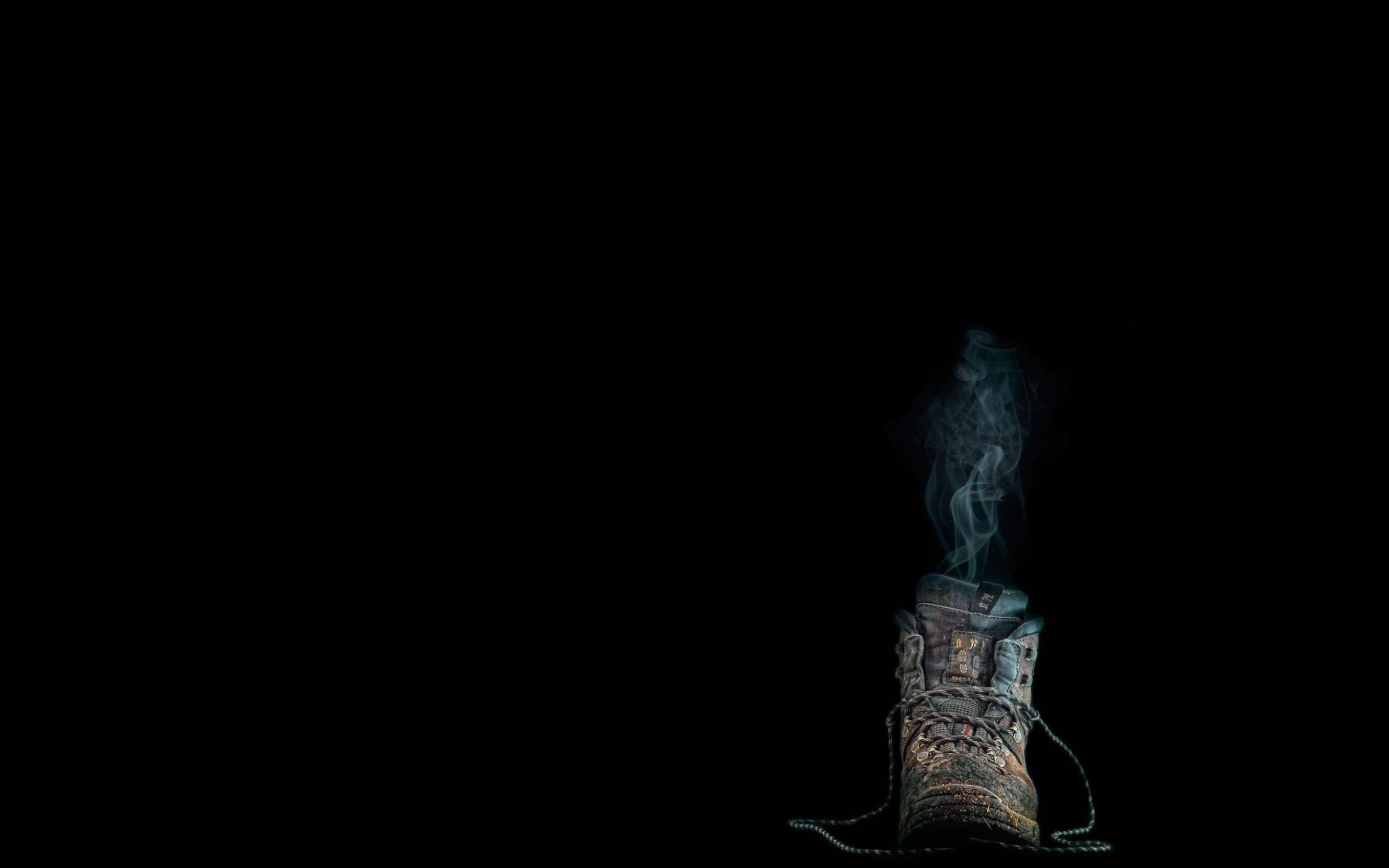 2880x1800 minimalism, Black Background, Boots, Smoke, Dirt, Humor, Lace Wallpapers HD  / Desktop and Mobile Backgrounds