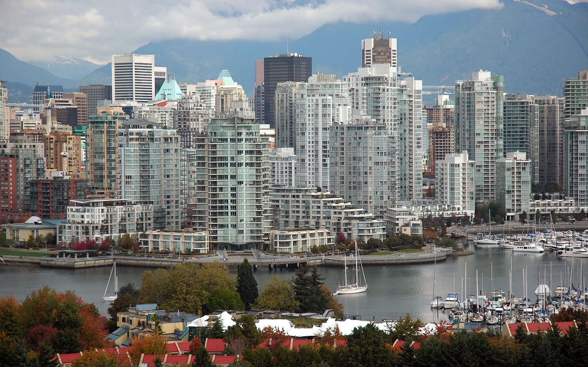 1920x1200 Vancouver Skyline Wallpaper