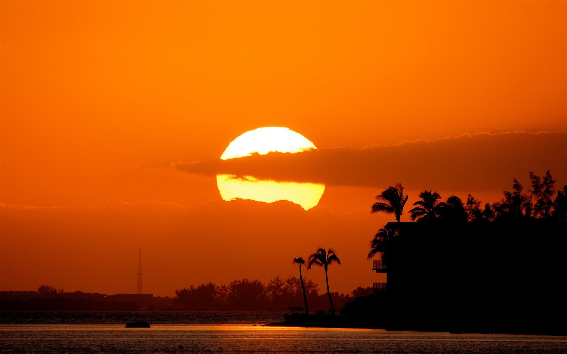 Wallpaper Bright Tropical Sunset 1920 1080 HDTV 1080p