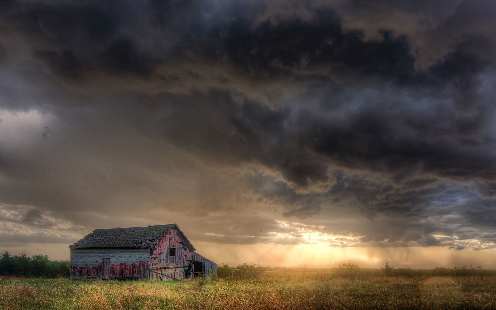 1920x1200 Abandoned cabin under the stormy sky Widescreen Wallpaper .