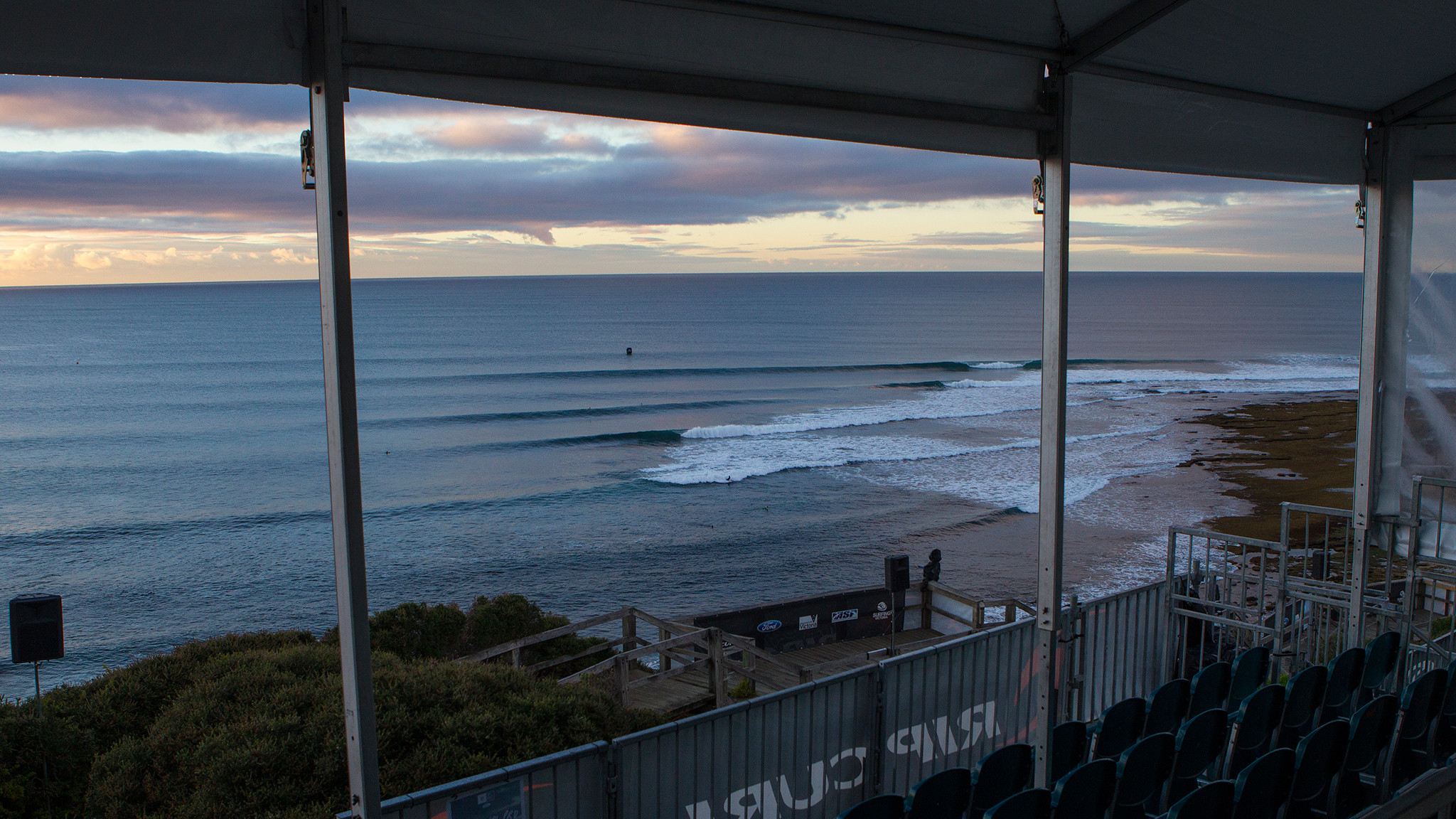 2048x1152 Rip Curl Pro Bells Beach preview