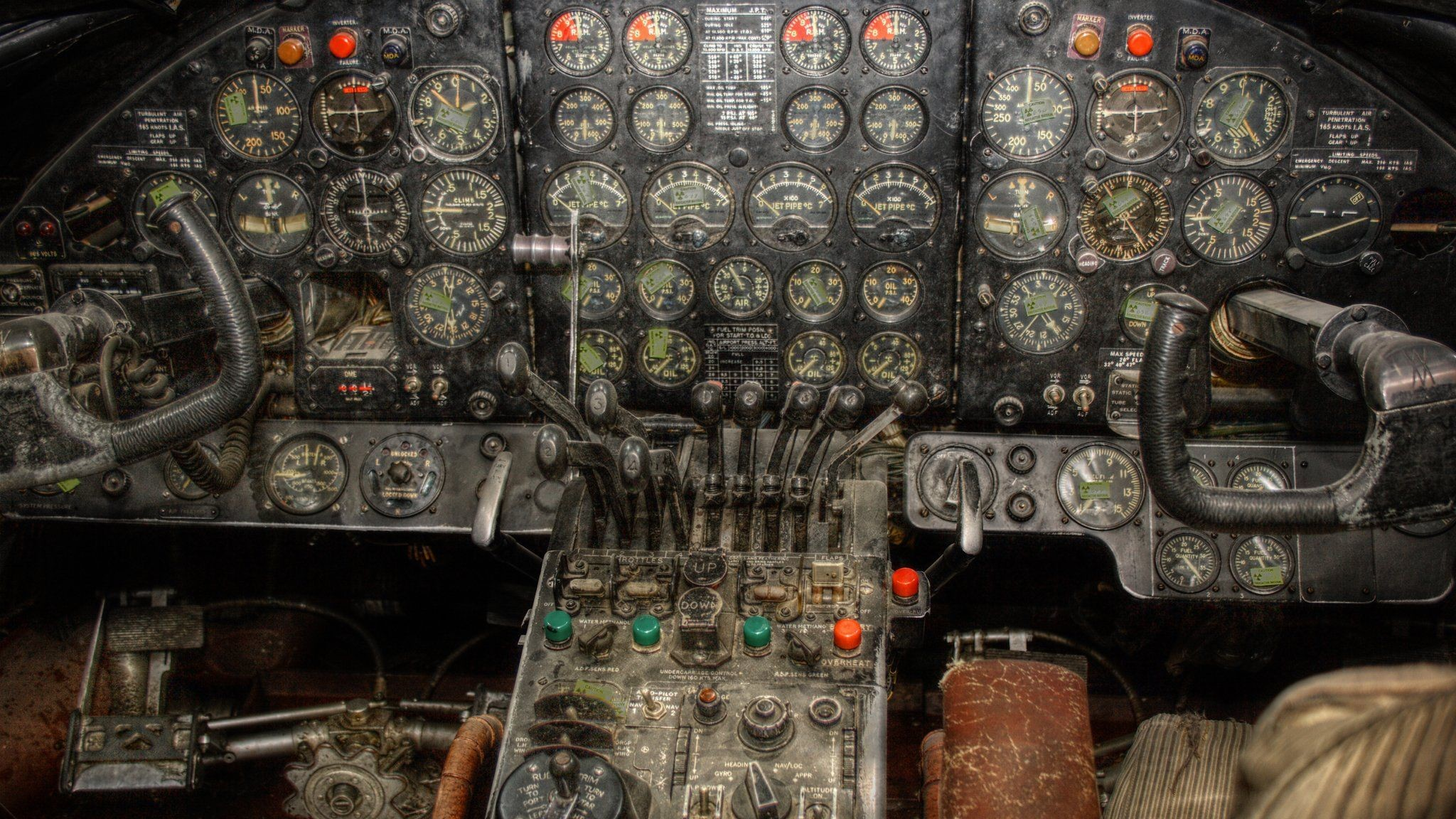 2048x1152 Aircraft cockpit aviation wallpaper