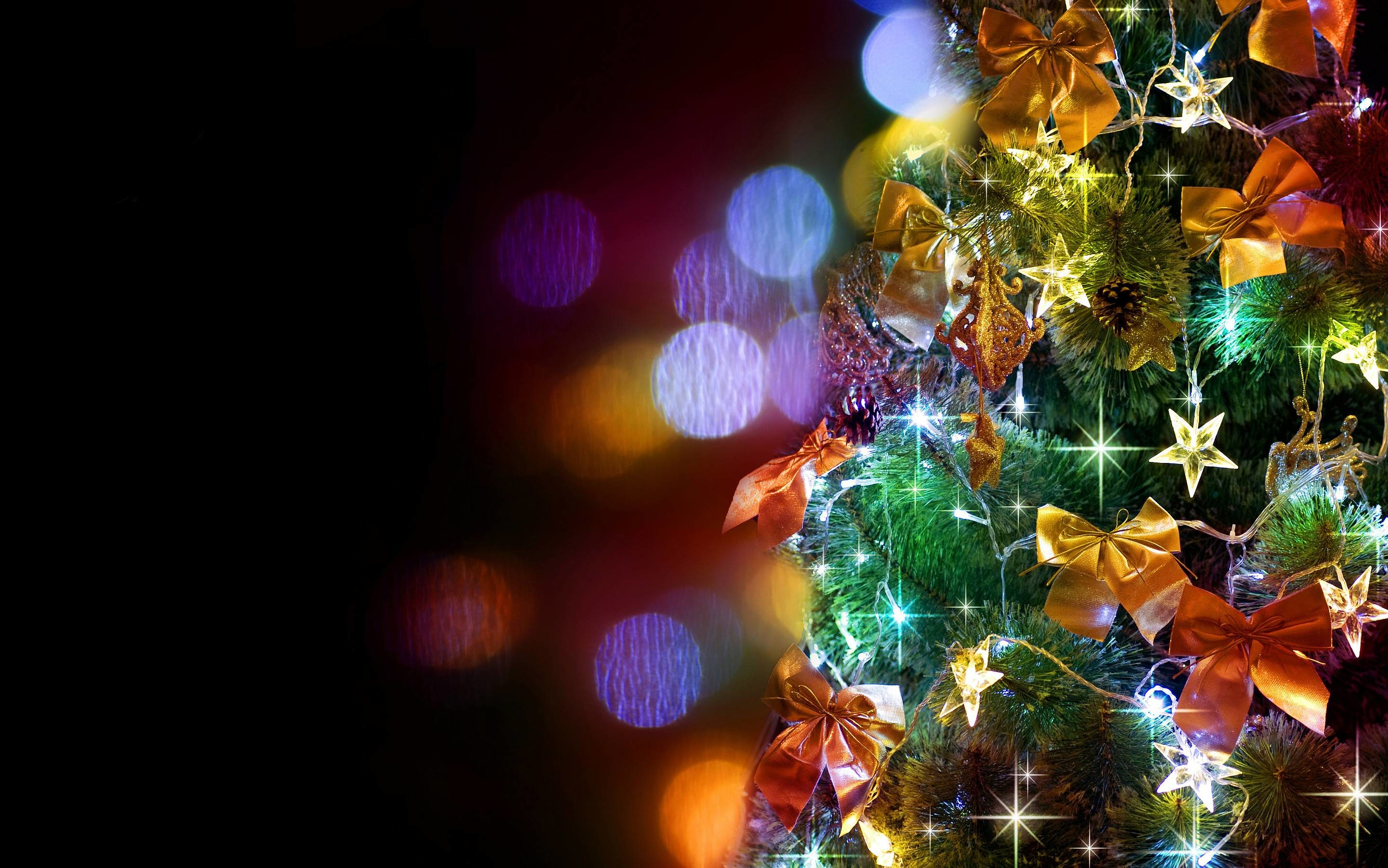 2880x1800 Christmas Tree Wallpaper For Iphone