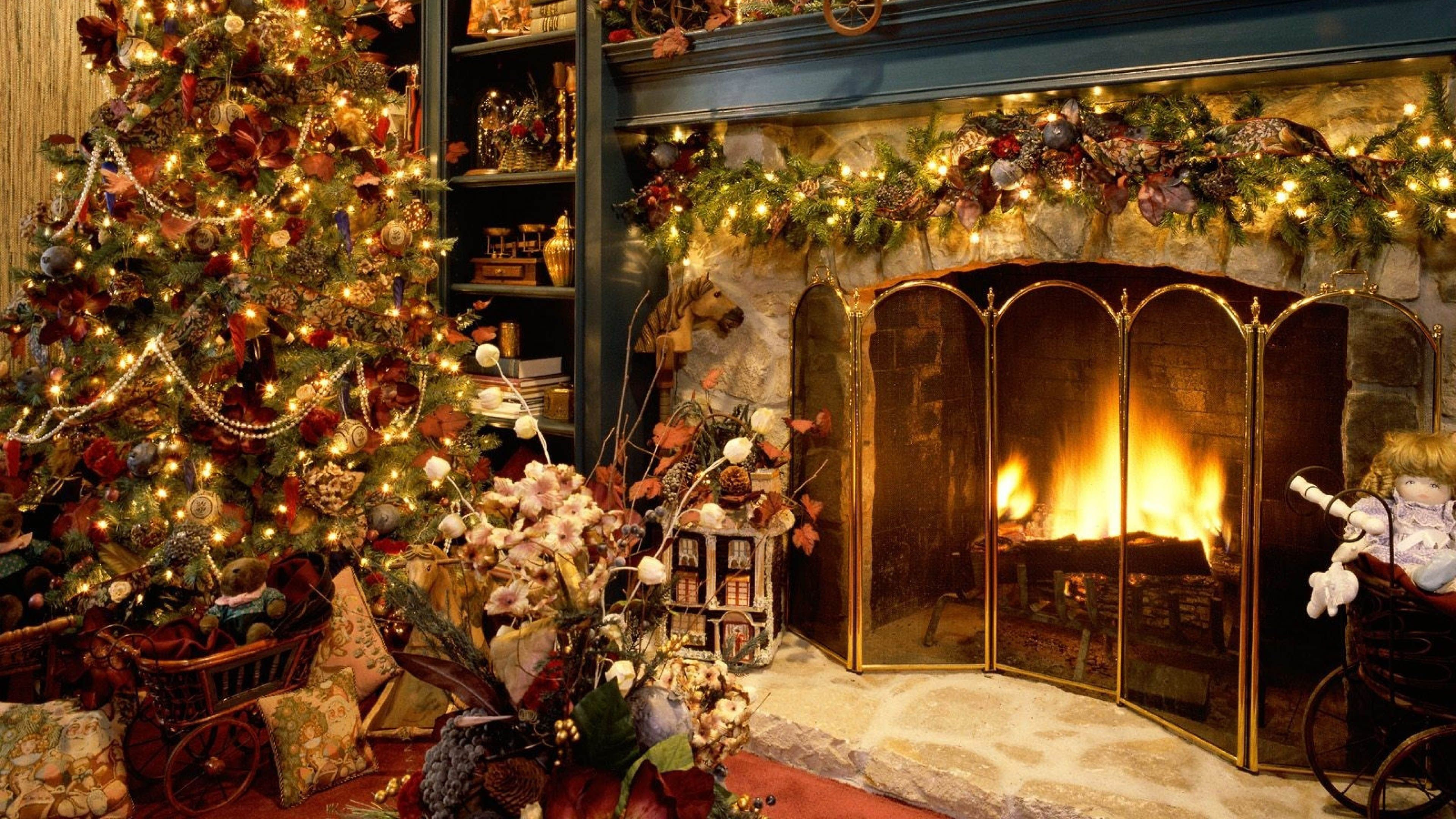 3840x2160 Christmas Fireplace Wallpaper