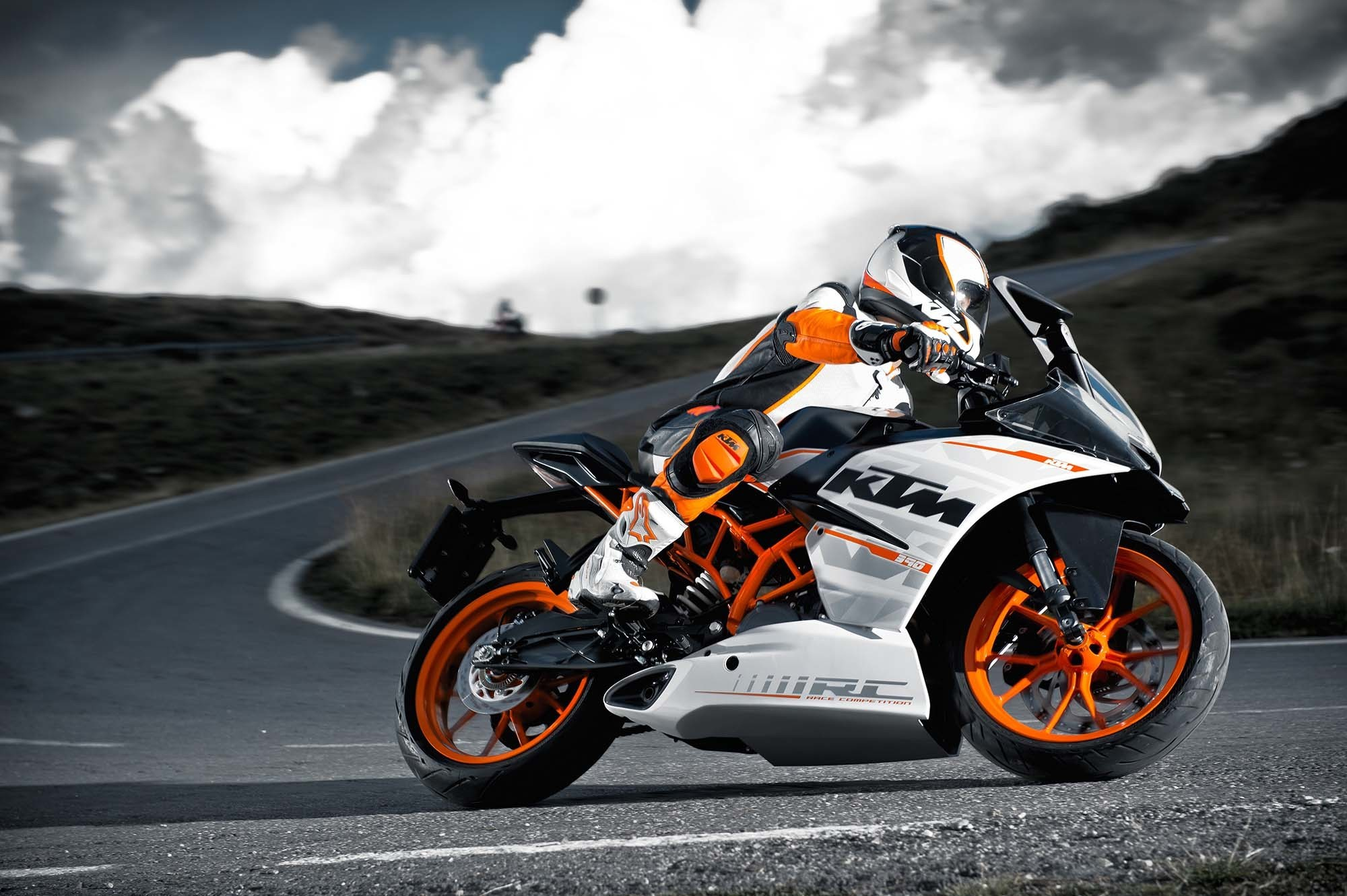 2000x1331 ktm duke 390 hd wallpapers #478825
