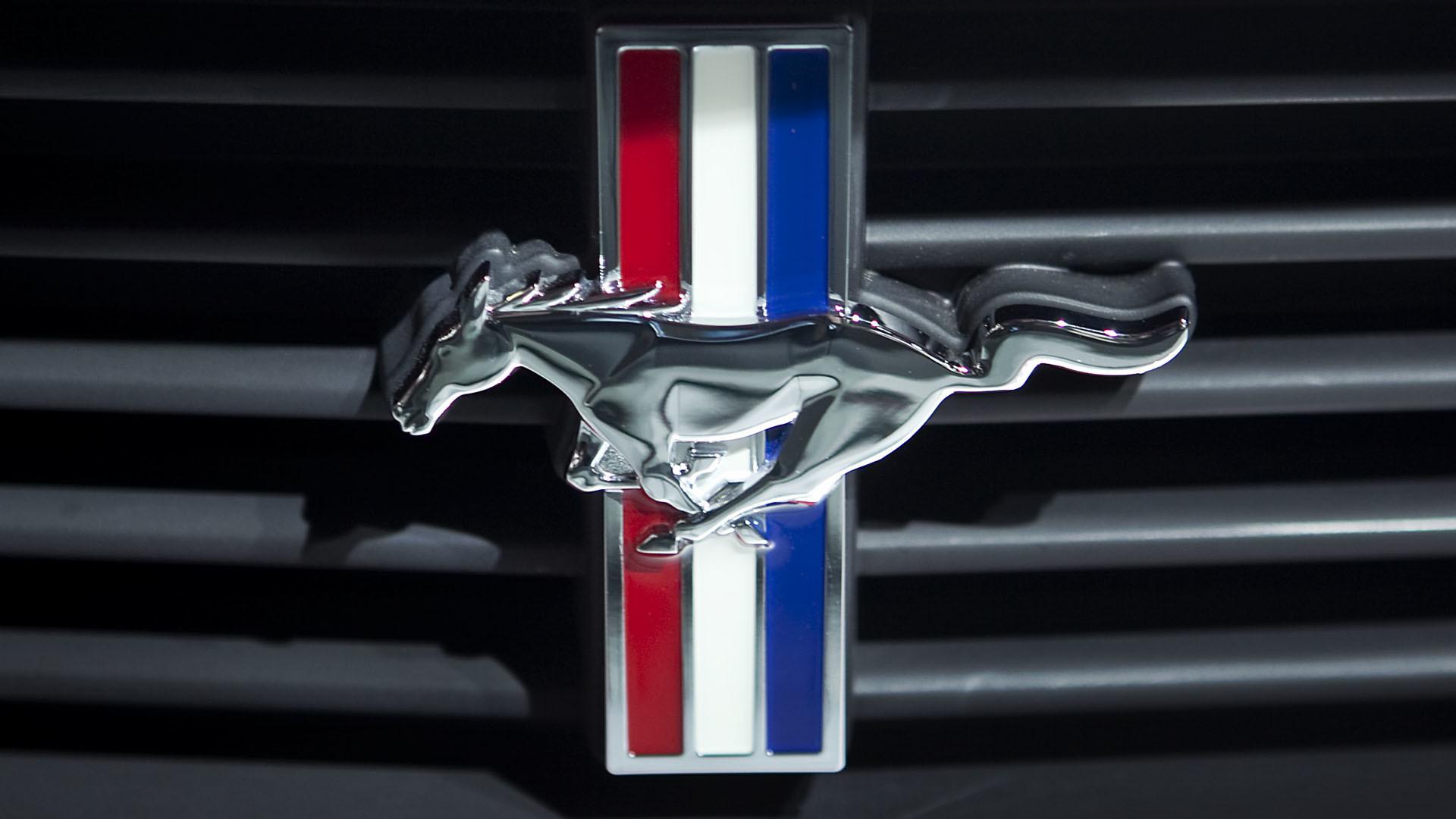 Mustang Logo Wallpaper (63+ images)