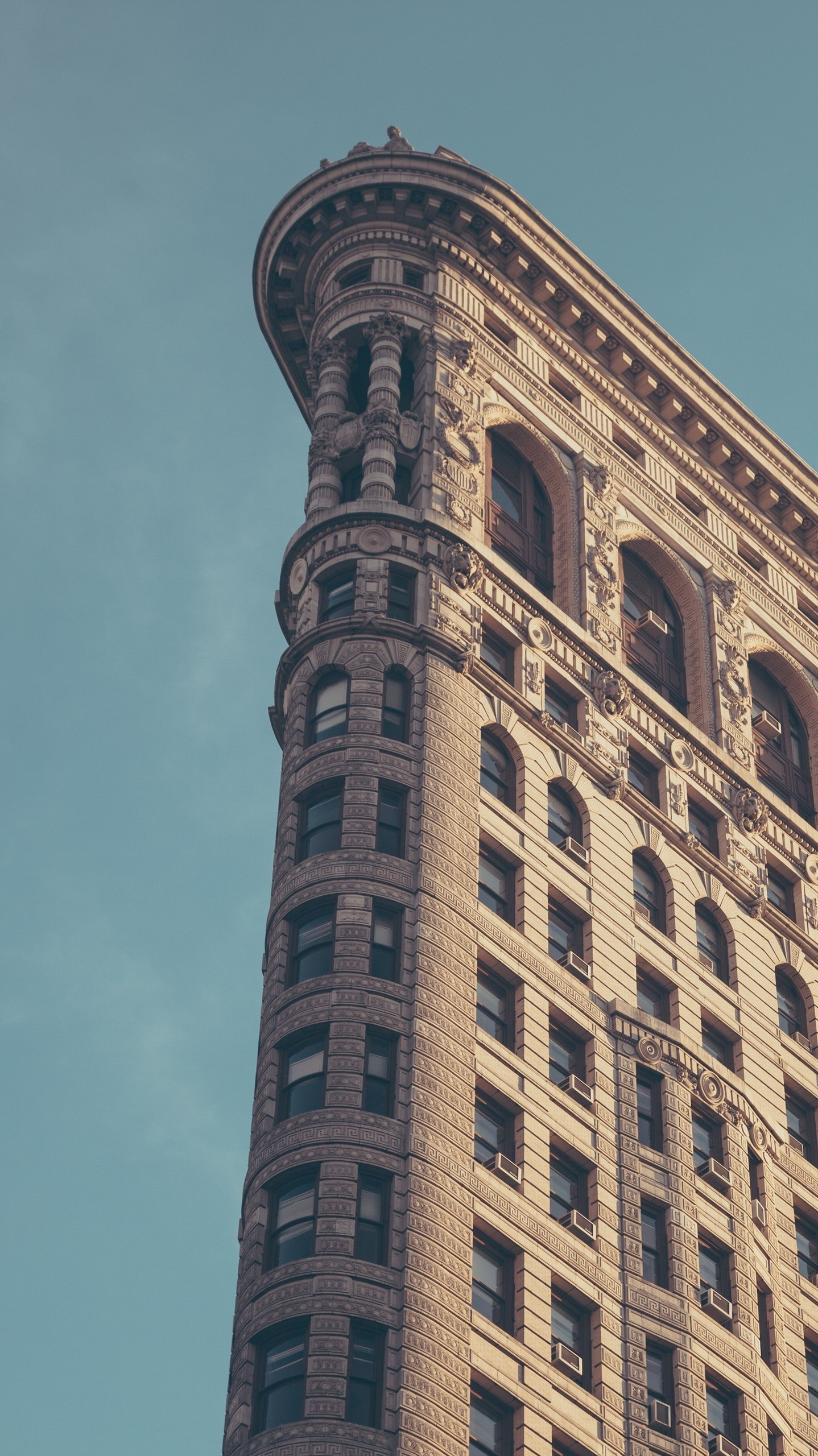 1438x2560 Flatiron-Building-New-York-City-Minimal-iPhone-Wallpaper - iPhone Wallpapers