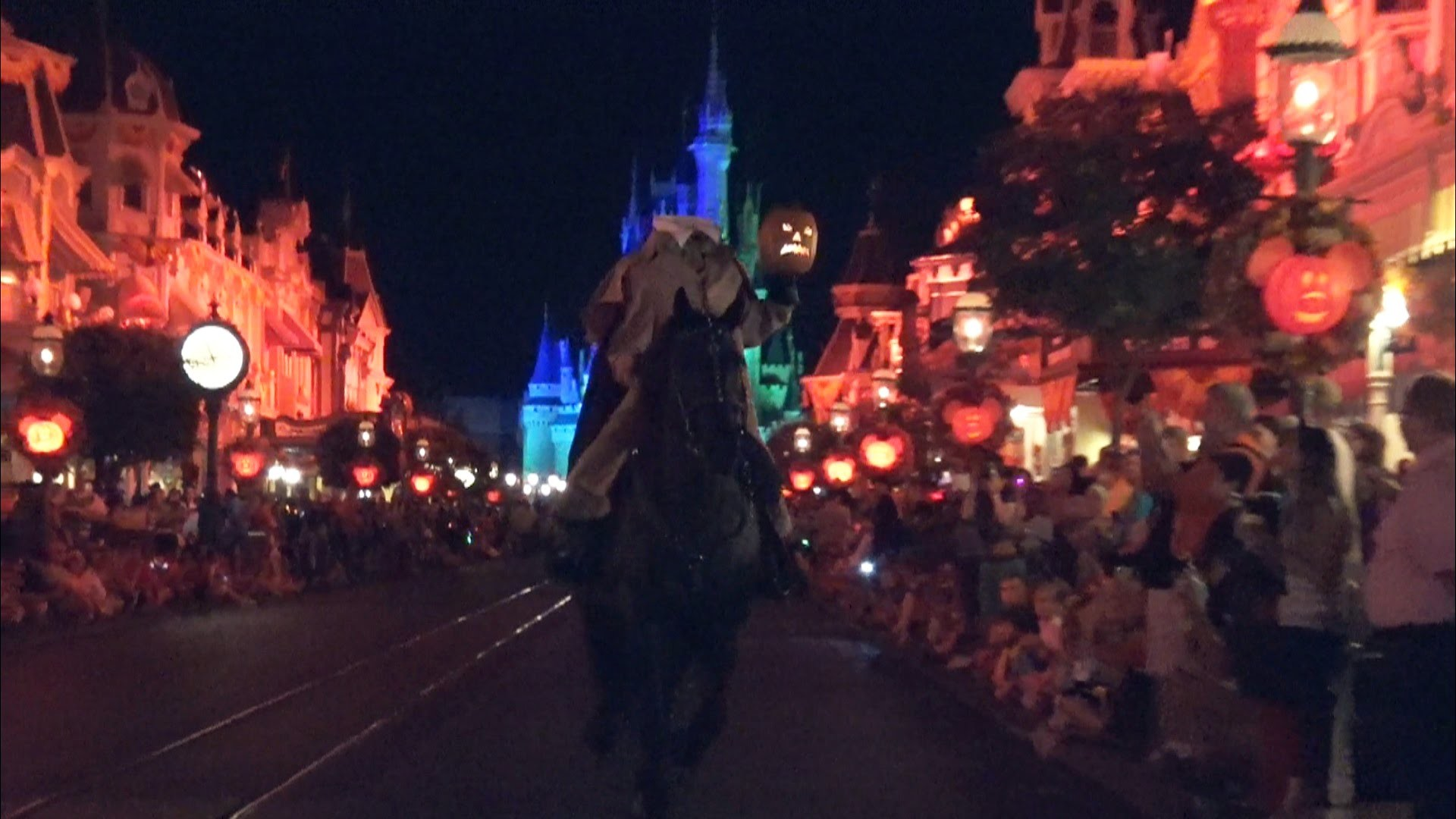 1920x1080 2015 HEADLESS HORSEMAN rides prior to parade - Mickey's Not So Scary  Halloween Party - Magic Kingdom
