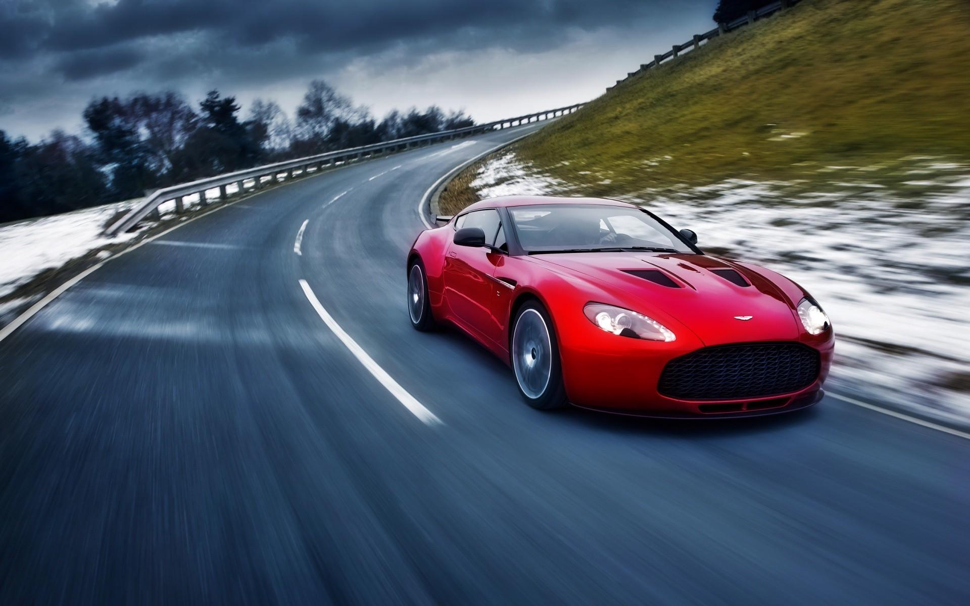 Wallpaper Of Sports Cars Luxury 2012 Aston Martin V8 Vantage Computer  Wallpapers