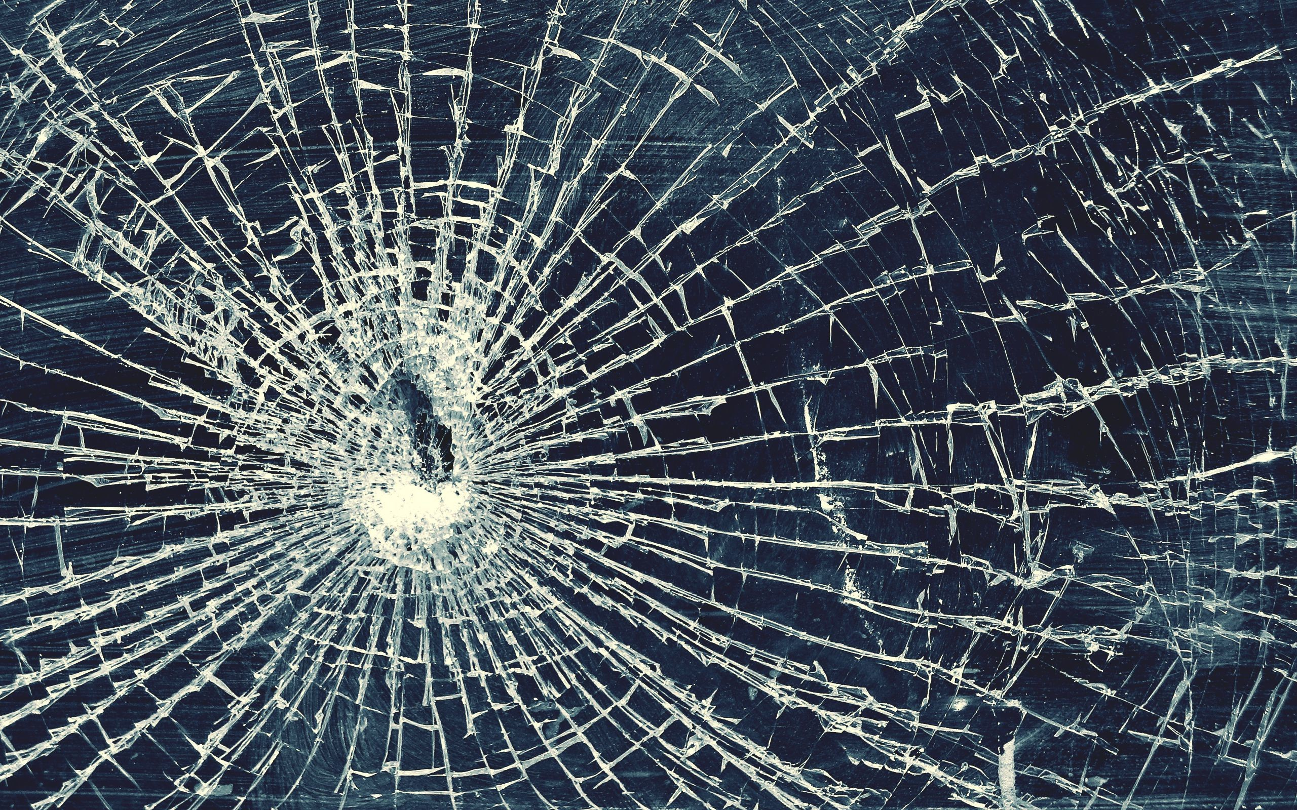 Cracked screen wallpaper 64 images 2560x1600 crackeed glass wallpaper hd voltagebd Gallery