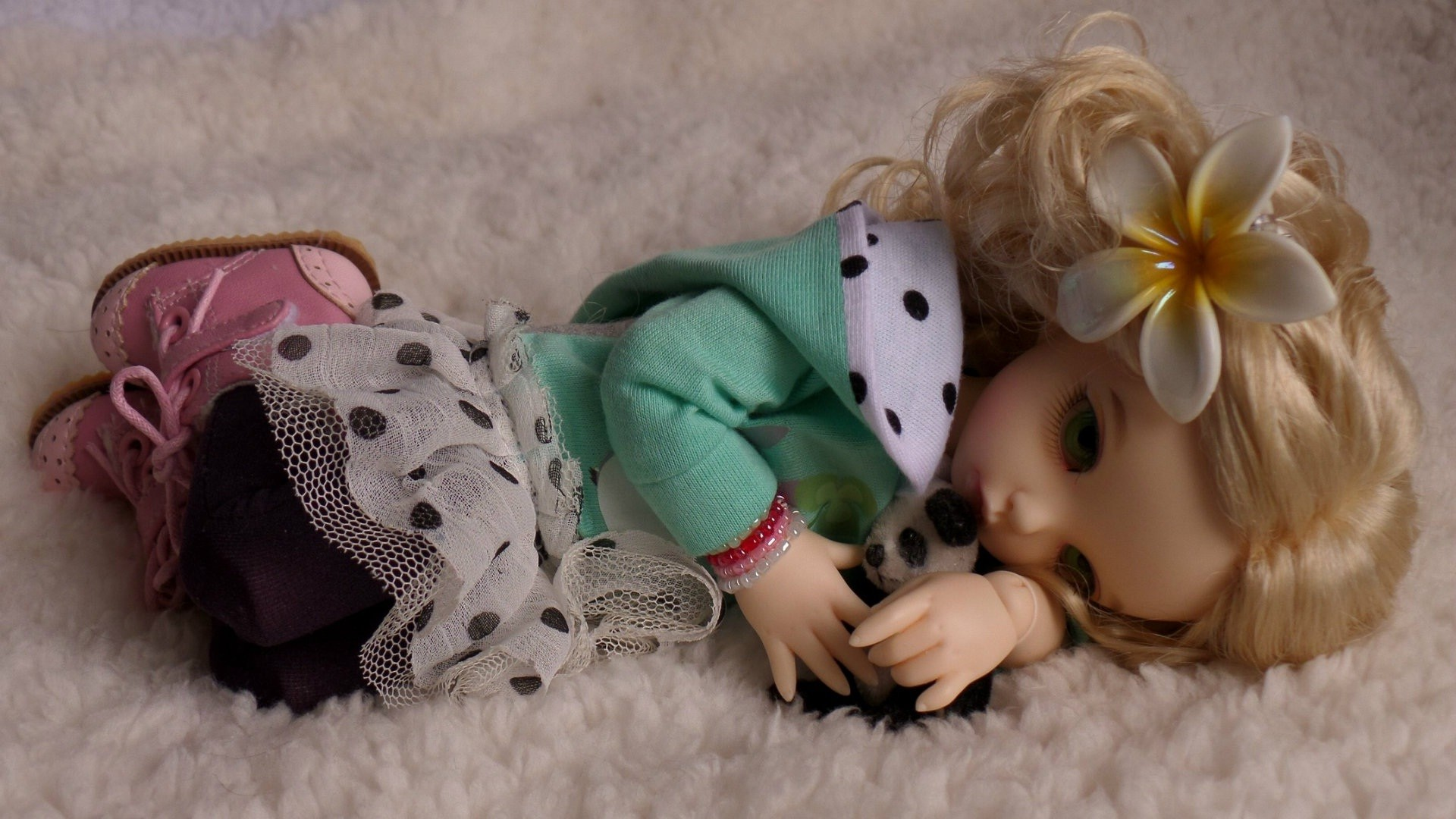 1920x1080 Cute and innocent sad moods doll new wallpapers