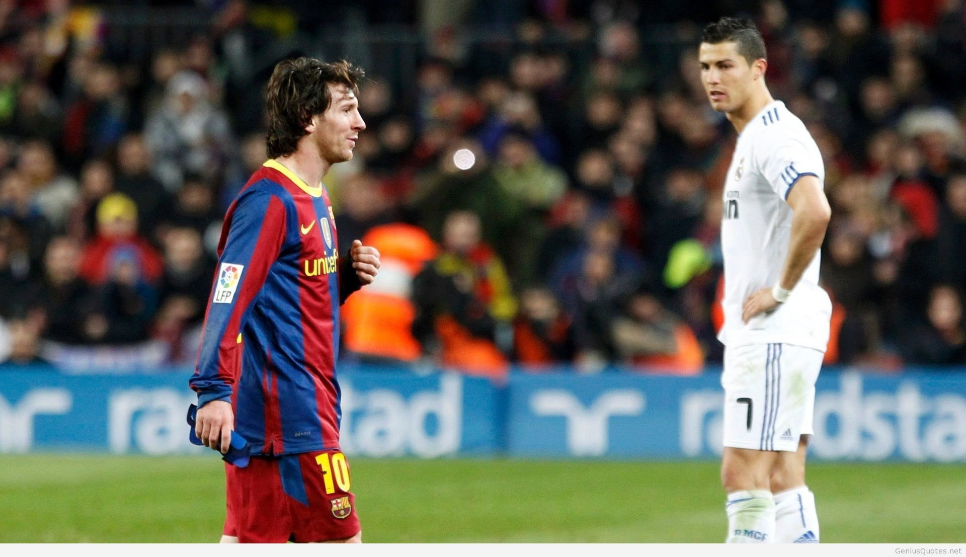 1920x1107 ... two-tiger-ronaldo-vs-messi-pics