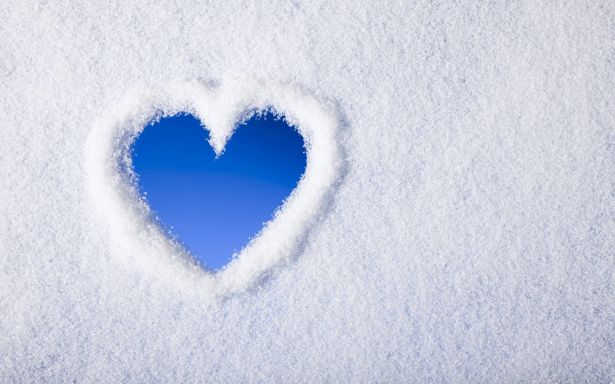 2560x1600 Blue Heart Backgrounds Wallpaper Hd