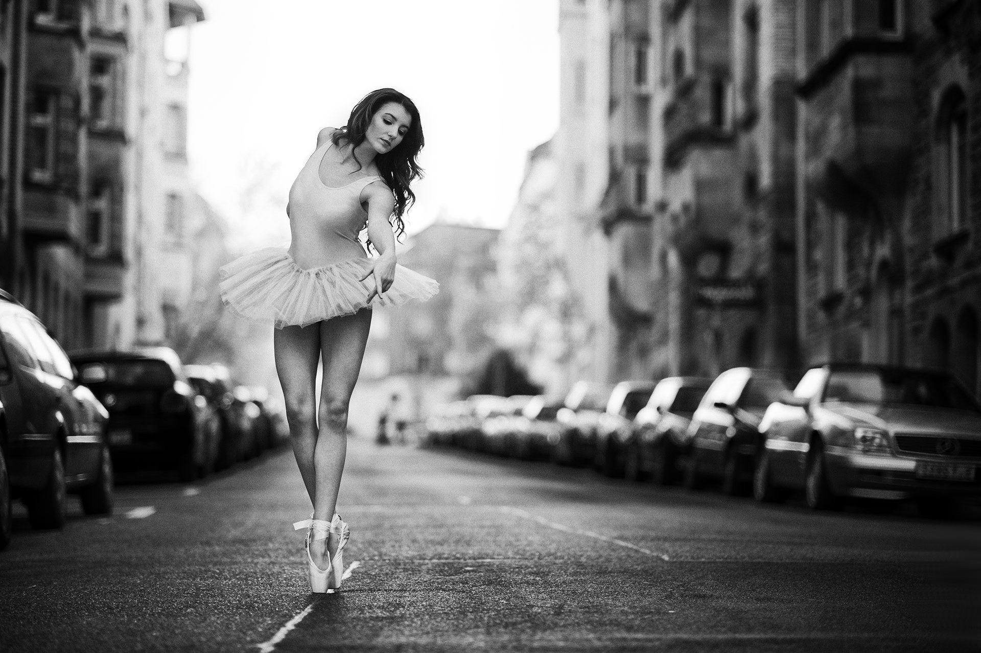 1920x1080 Ballerina Shoes Ballet Dance Girl Pointe Tutu