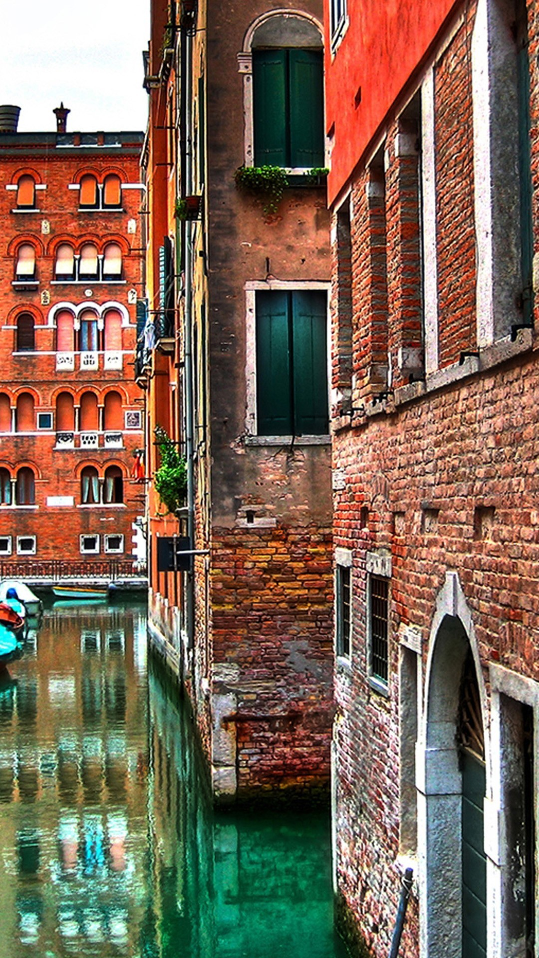 1080x1920 Architecture iPhone 6 Plus Wallpapers - Venice Street Buildings Red Brick  iPhone 6 Plus HD Wallpaper