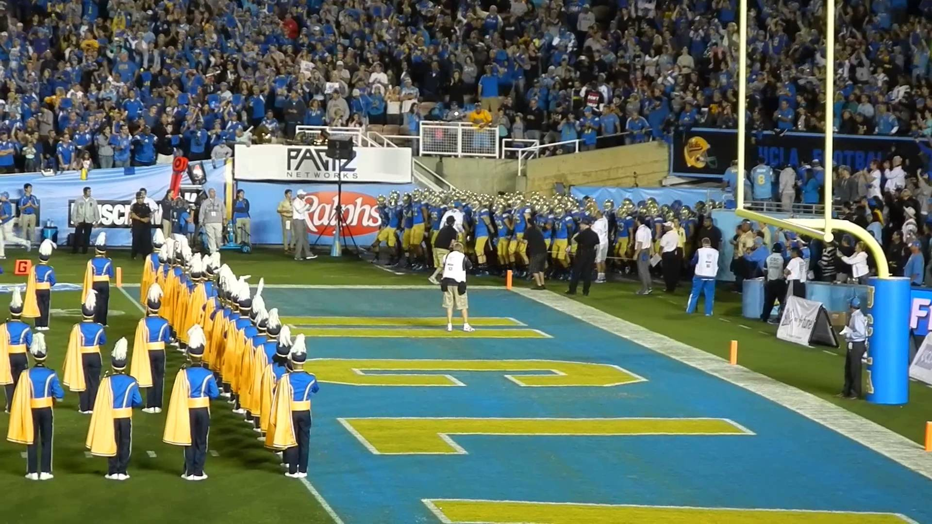 1920x1080 New Mexico State - UCLA Football Team Enters the Rose Bowl - YouTube