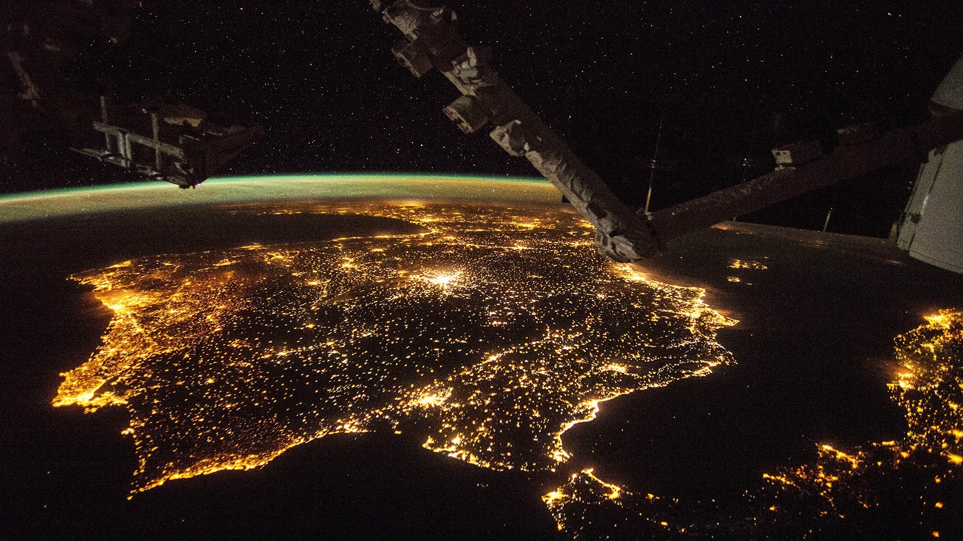 1920x1080 International Space Station ISS flying over Europe [HD 1080p video] -  YouTube