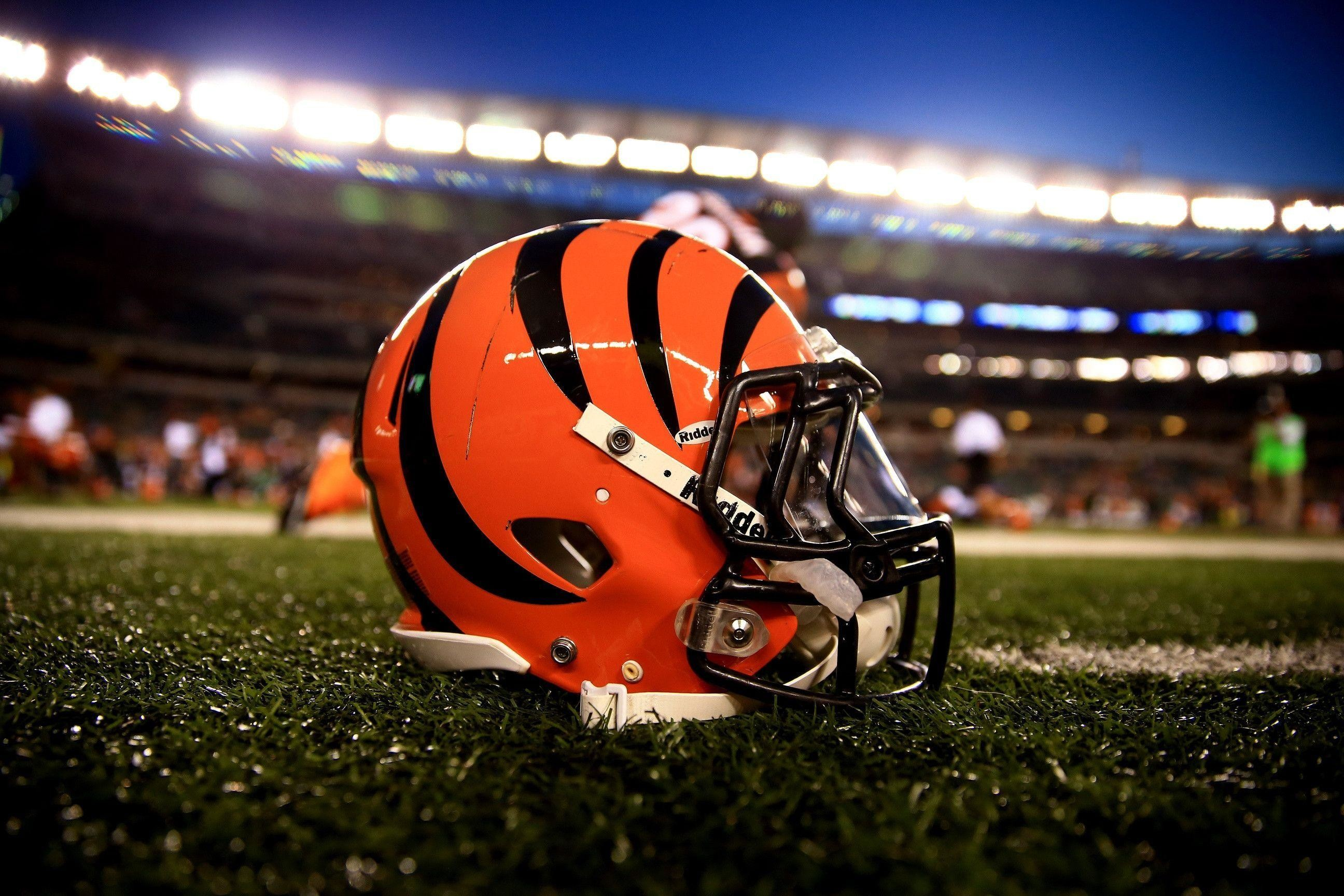 2592x1728 CINCINNATI BENGALS nfl football rq wallpaper |  | 157670 .