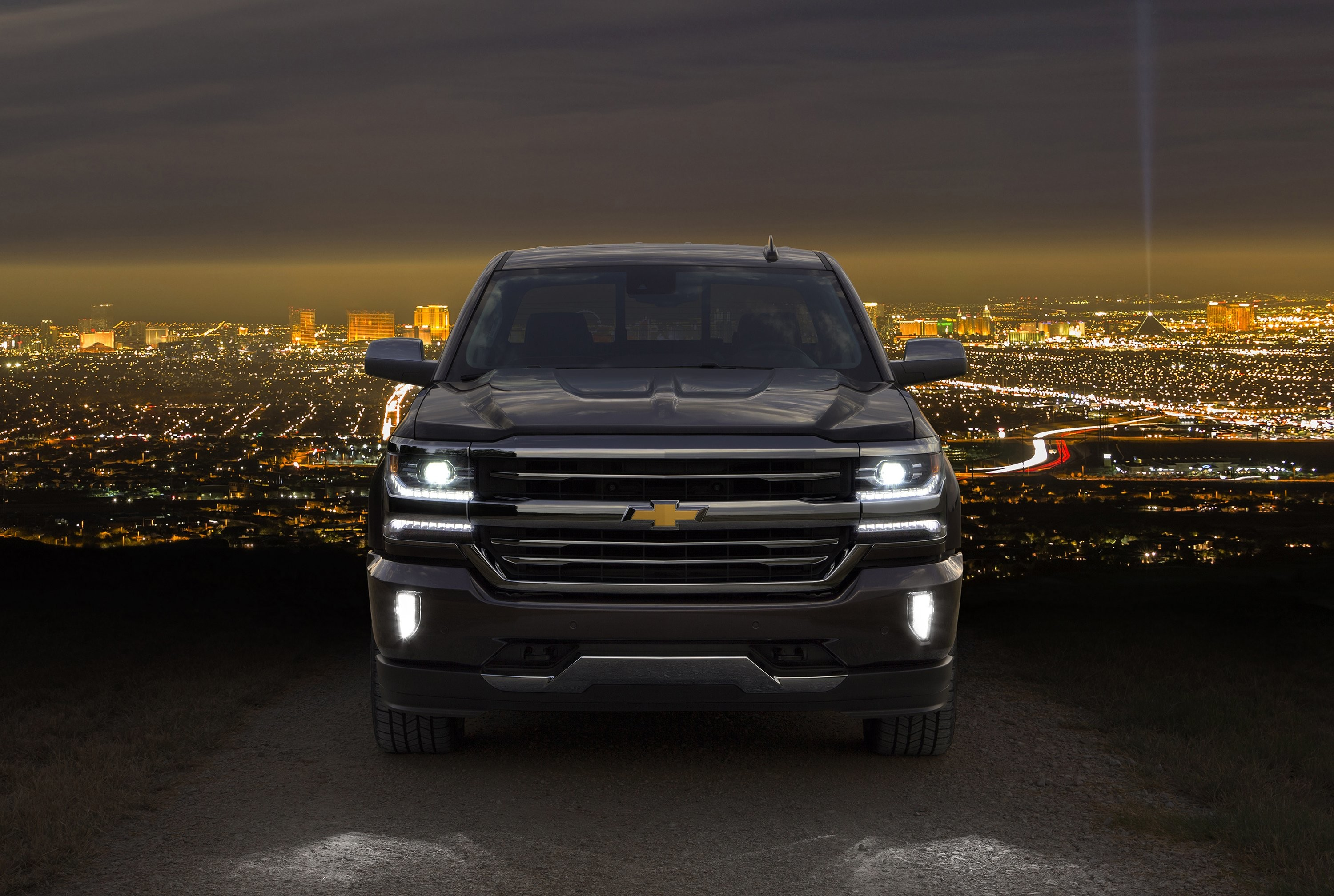 3000x2016 2016 Chevrolet Silverado High Country Crew Cab pickup wallpaper |   | 815021 | WallpaperUP