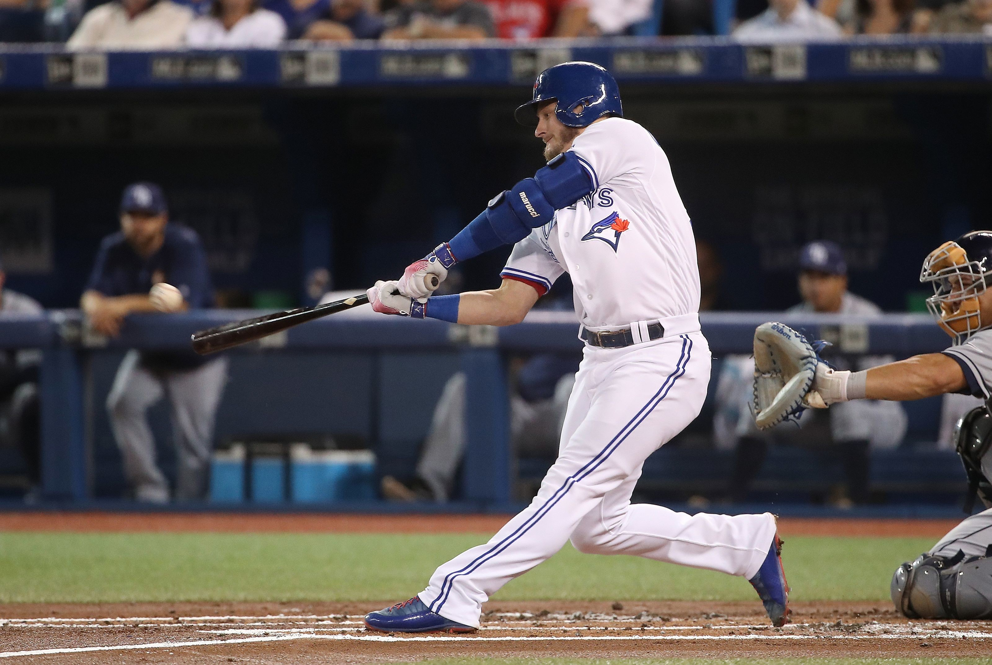 3200x2146 TORONTO, ON – AUGUST 17: Josh Donaldson #20 of the Toronto Blue Jays hits a  solo home run in the first inning during MLB game action against the Tampa  Bay ...