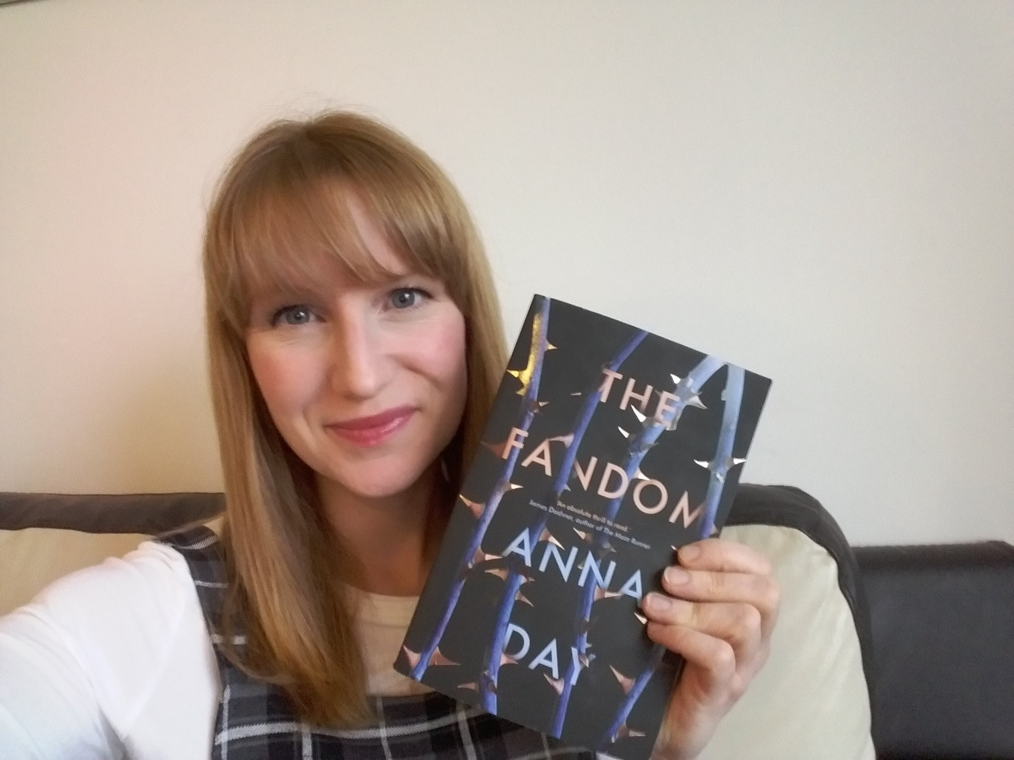 "2048x1536 BOOKS: A Conversation With Anna Day, Author of ""The Fandom"""